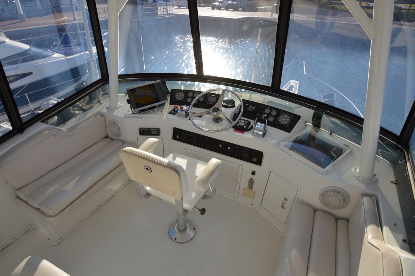 1995 42 Hatteras Cockpit Motoryacht - 42 HATTERAS For Sale