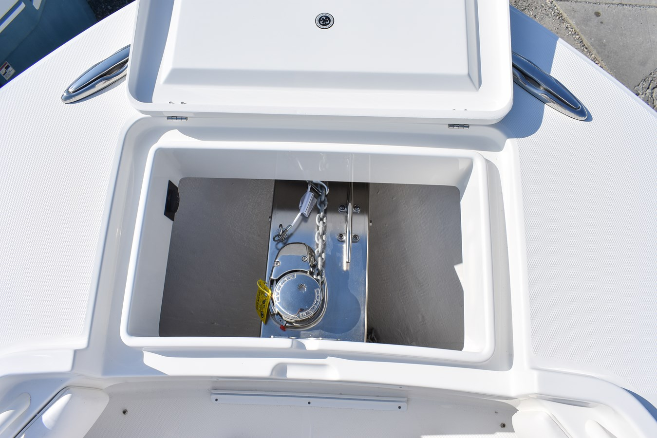 Anchor Locker and Windlass - 34 REGULATOR For Sale