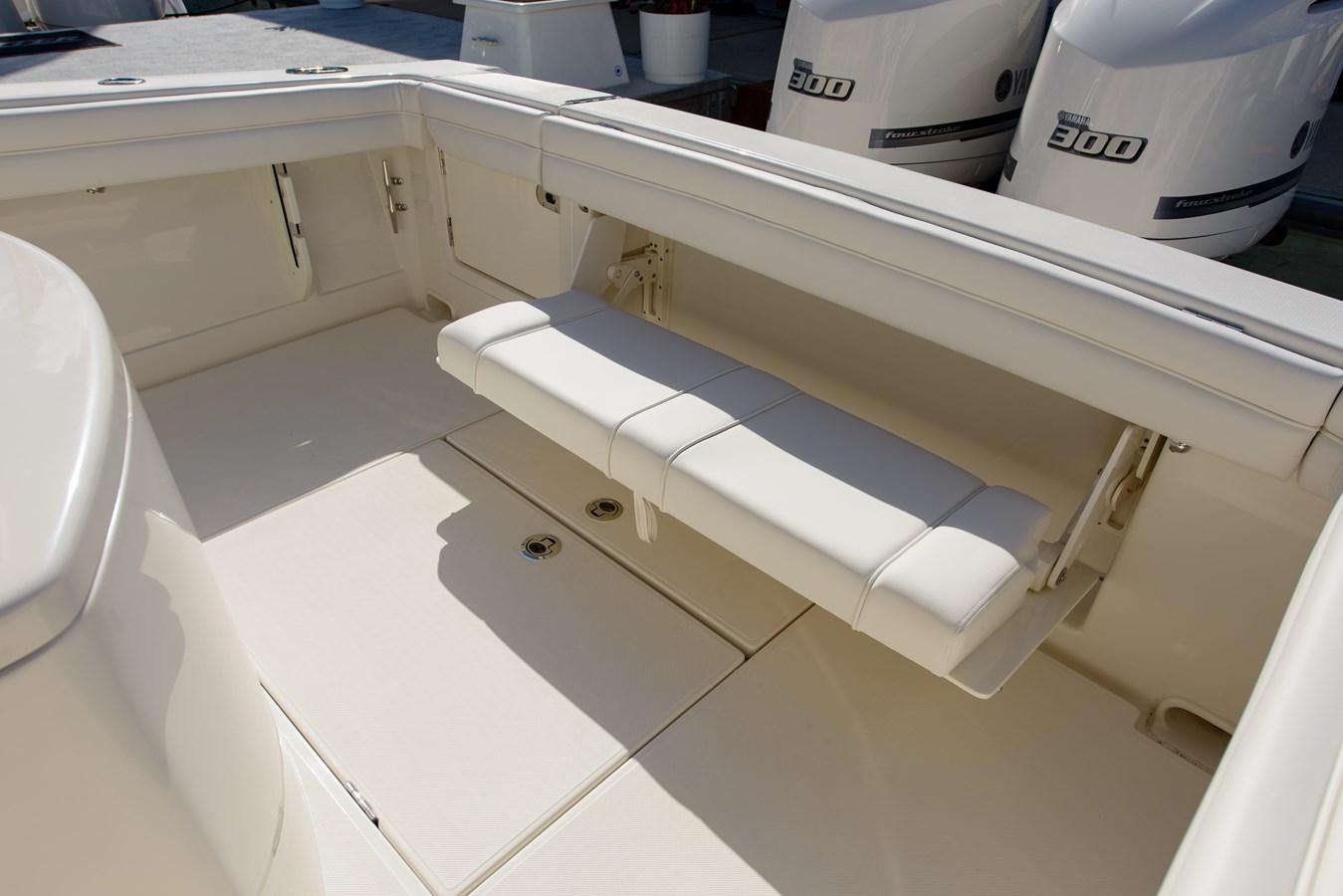 Stern Seat - 30 JUPITER For Sale
