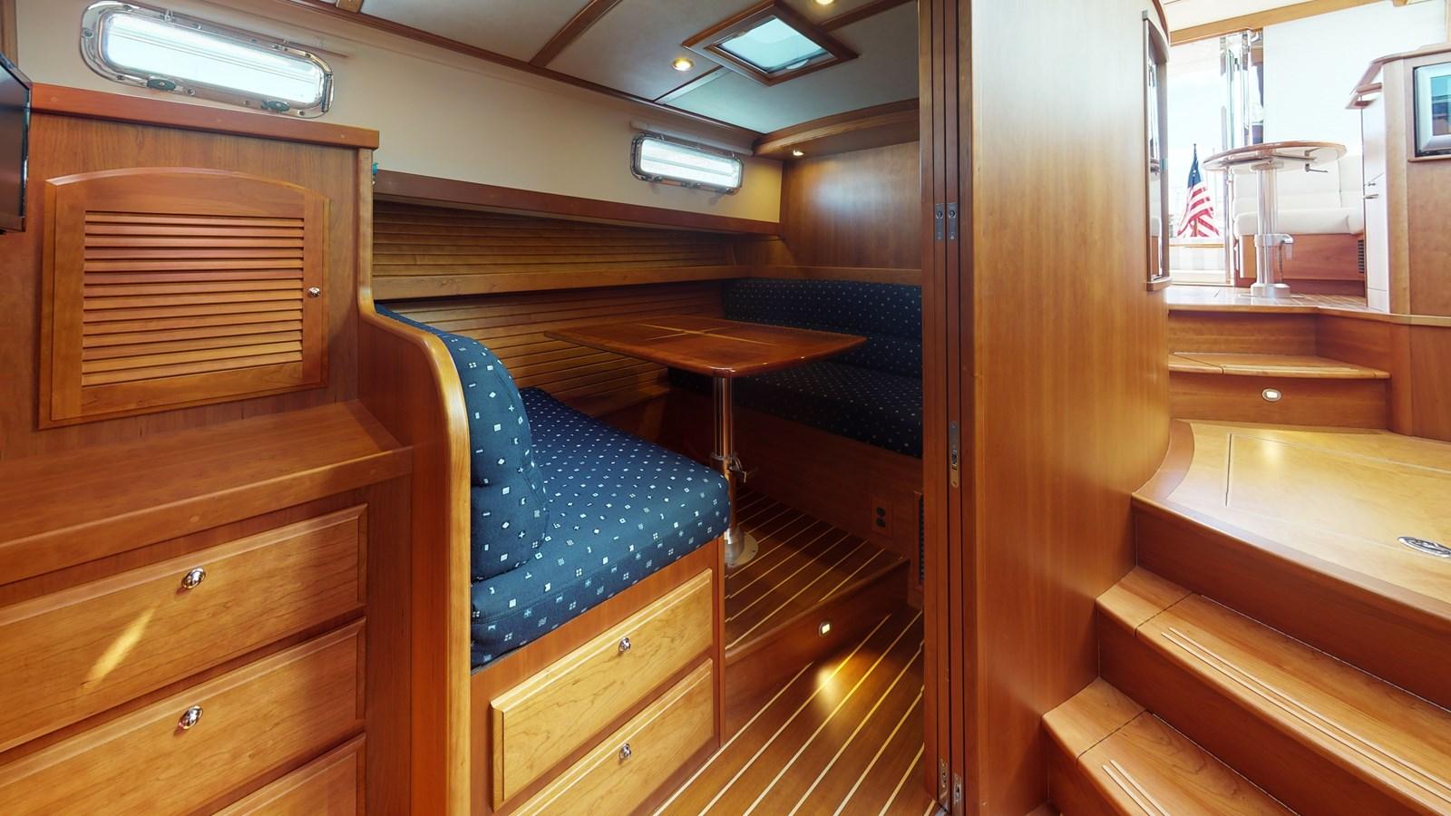 2016 42 Sabre Salon Express - 42 SABRE YACHTS For Sale