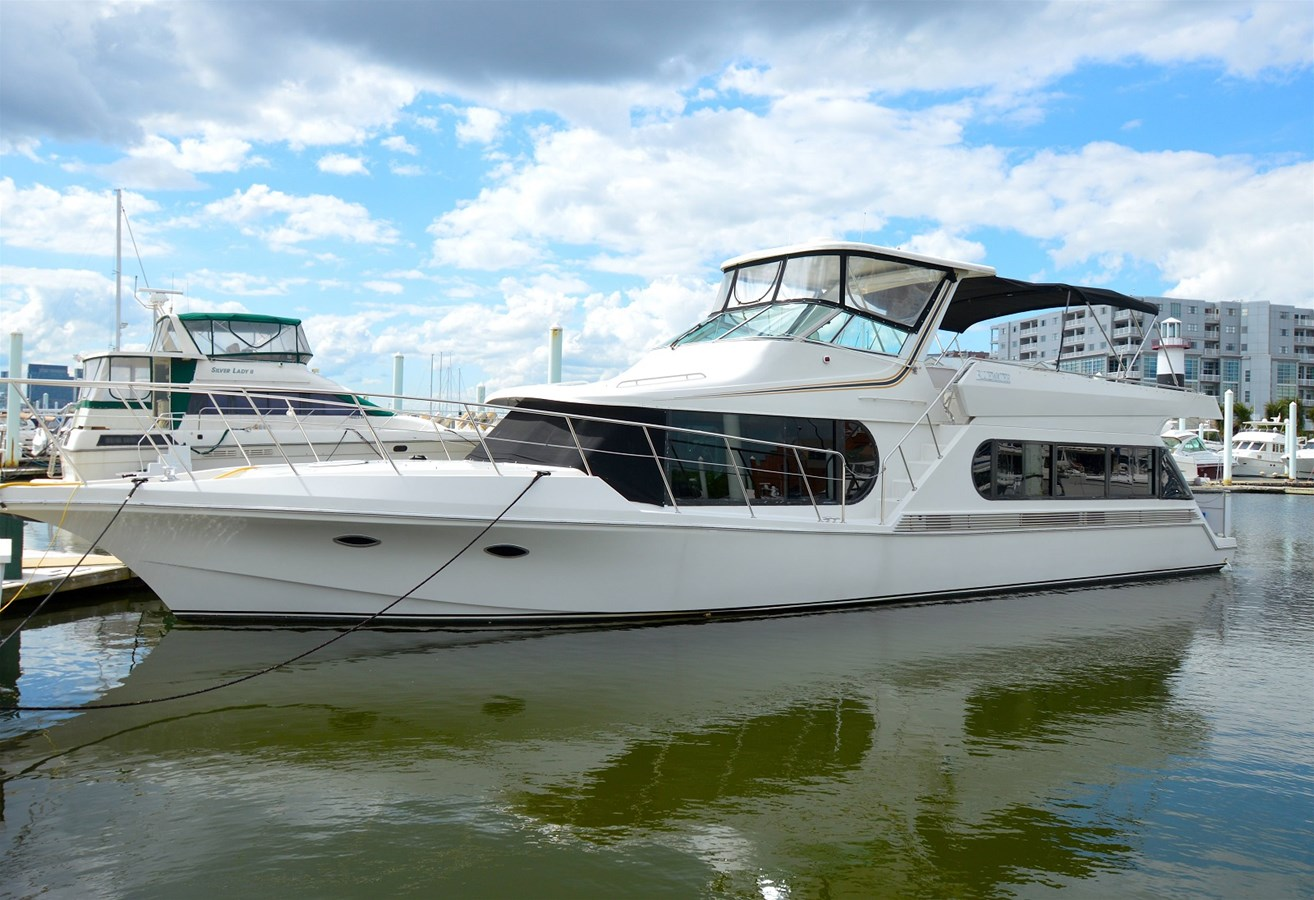 1996 Bluewater 5600 - 56 BLUEWATER For Sale