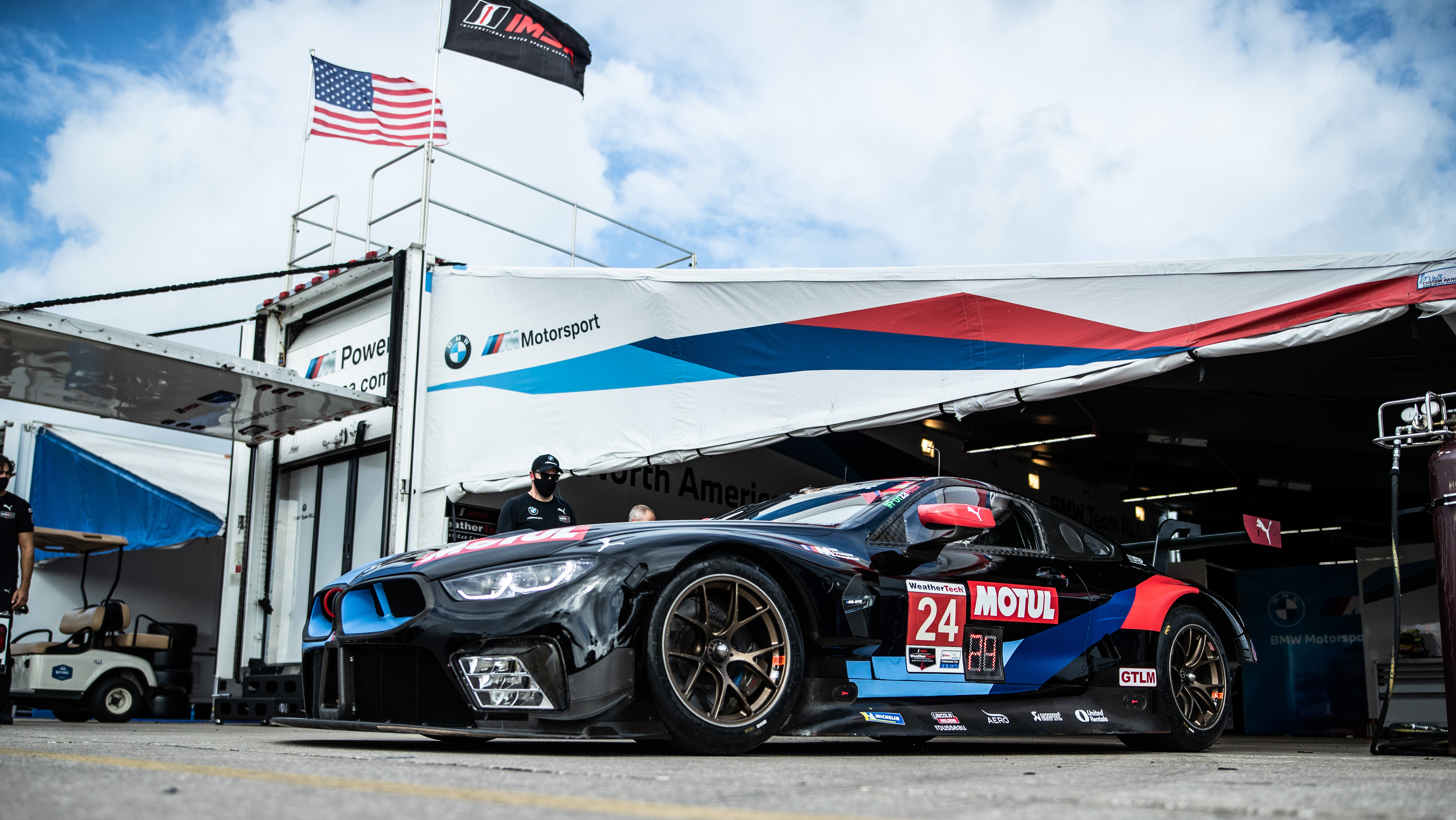 BMW Team RLL qualifies second and third for Mobil 1 Twelve Hours of Sebring; No. 96 Turner Motorsport BMW M6 GT3 starts seventh in GTD.<br />