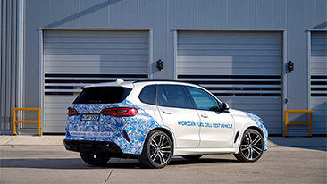 Everyday testing of BMW i Hydrogen NEXT with hydrogen fuel cell drive train begins.<br />