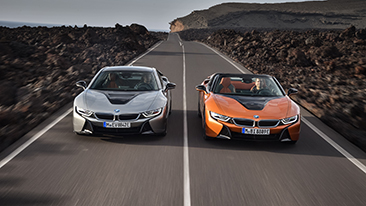 The First-Ever 2019 BMW i8 Roadster and new 2019 BMW i8 Coupe.