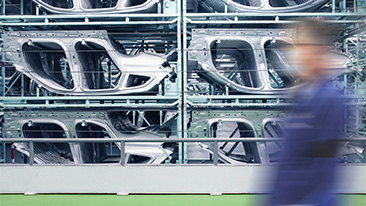 BMW Group invests in innovative method for CO2-free steel production