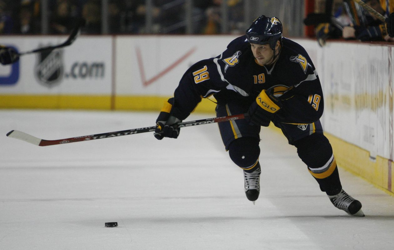 Buffalo Sabres forward Tim Connolly has improved using exercise to help recover from a concussion thaat has sidelined him since last spring. (Mark Mulville/News file photo)