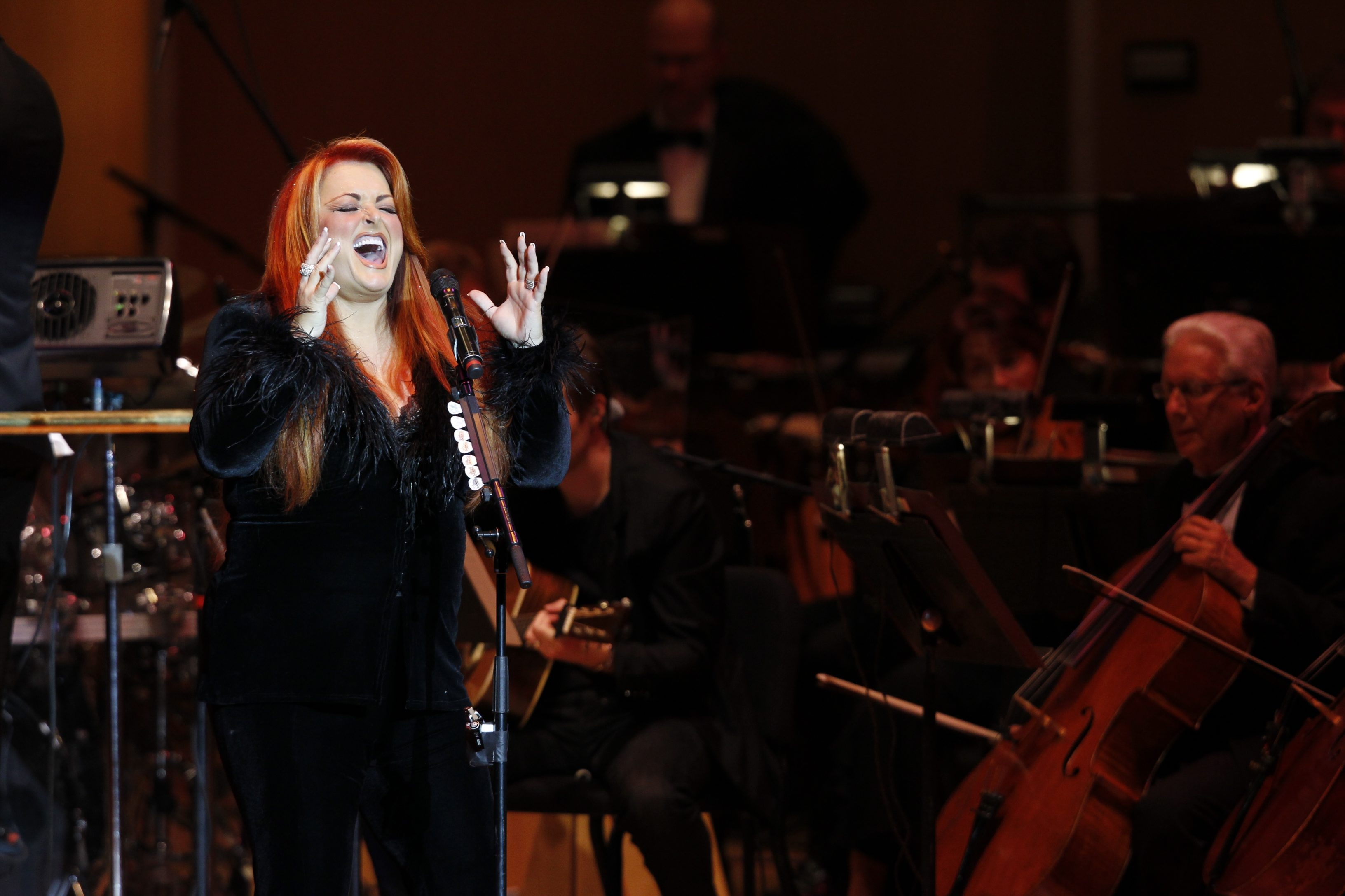 Harry Scull Jr./Buffalo News    Wynonna Judd performs with her combo and the Buffalo Philharmonic Orchestra. She included a tribute to Marvin Hamlisch.