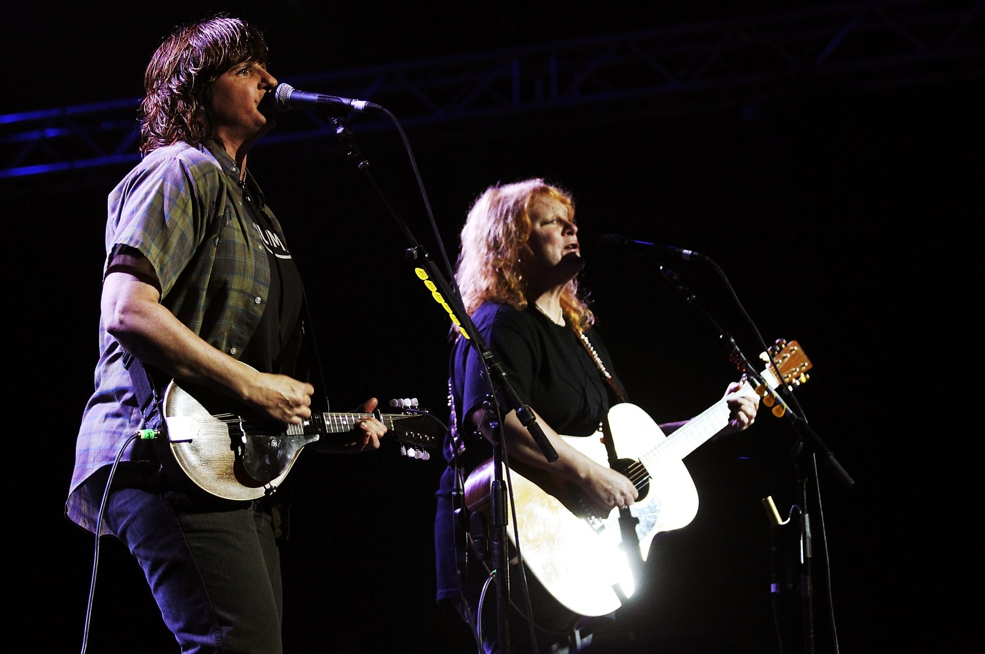 The Indigo Girls will perform tonight as the first 'BPO Rocks' program of the season. (Photo by Mark Metcalfe/Getty Images)
