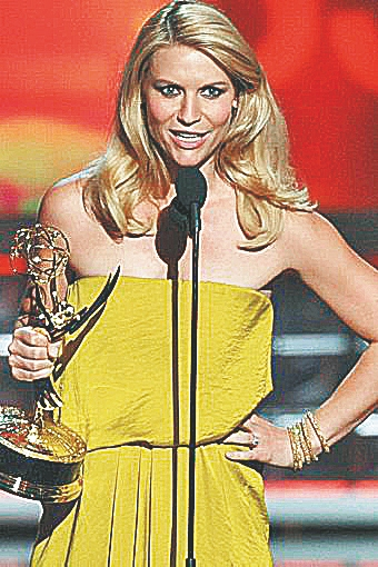 Claire Danes accepts her award for her role in 'Homeland.'