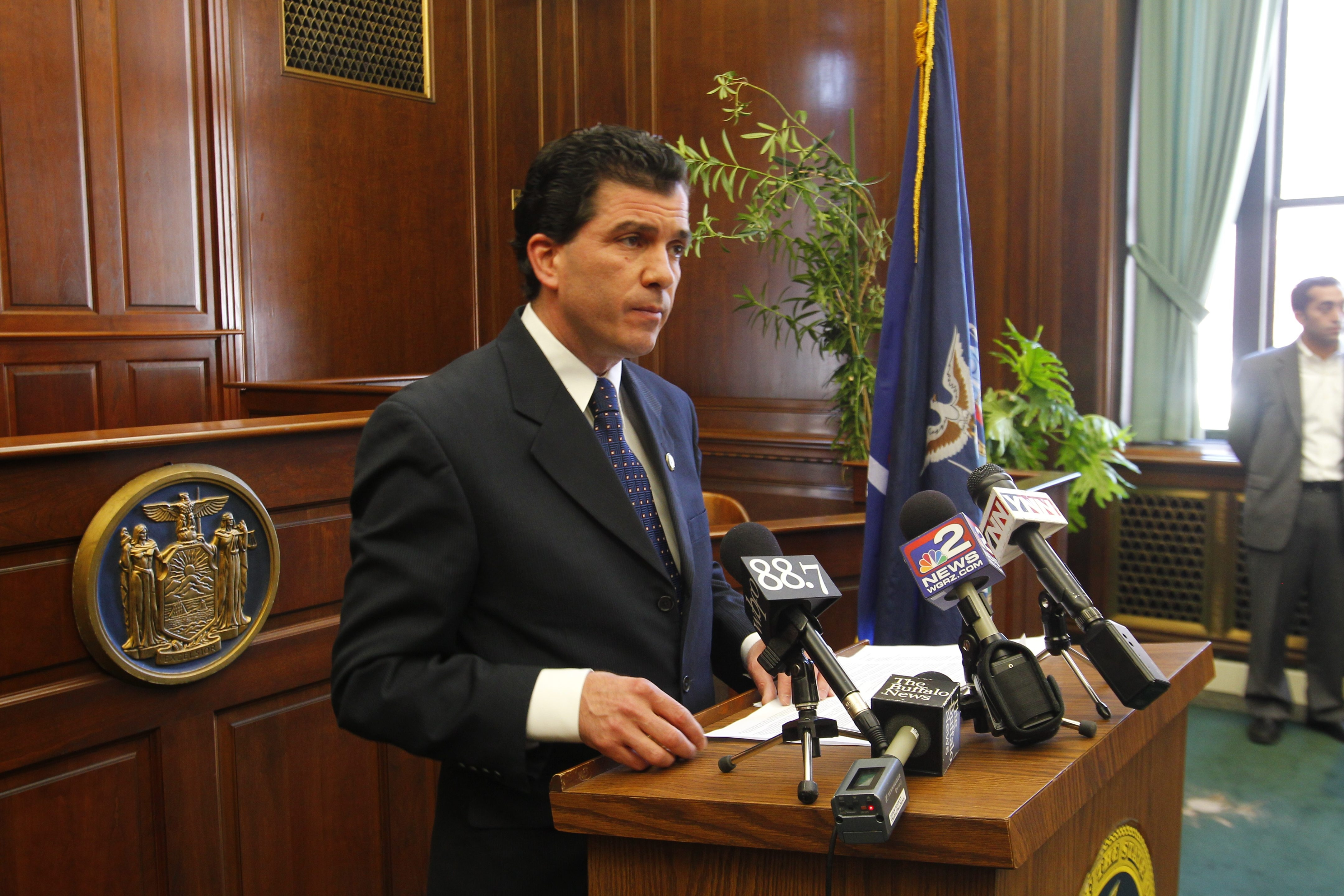 Buffalo News file photo    Republican State Sen. Mark J. Grisanti of Buffalo has often said he would be thrilled to have the political support of Gov. Andrew M. Cuomo, the state's top Democrat.