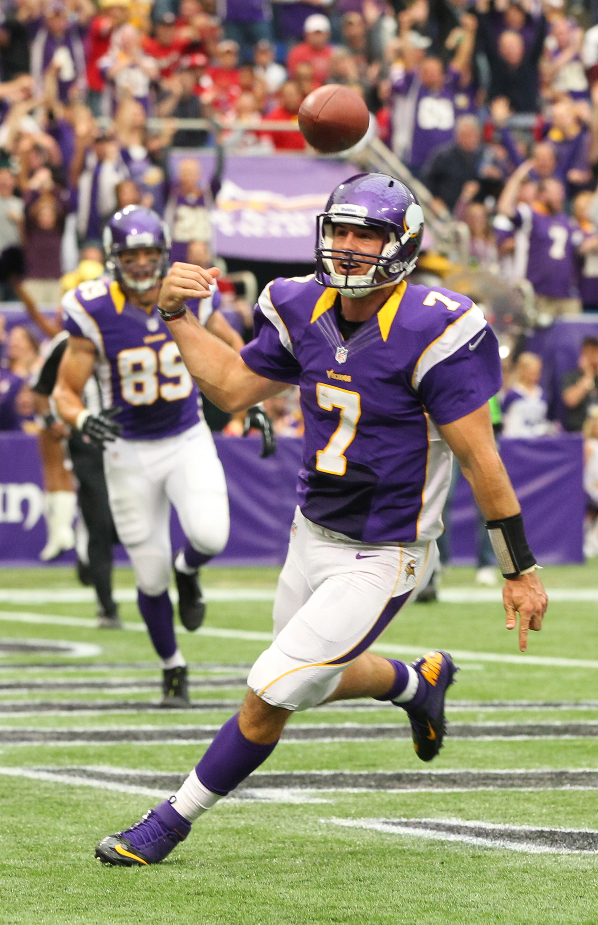 Getty Images    Vikings quarterback Christian Ponder celebrates a touchdown during the second quarter against the San Francisco 49ers at the Hubert H. Humphrey Metrodome.