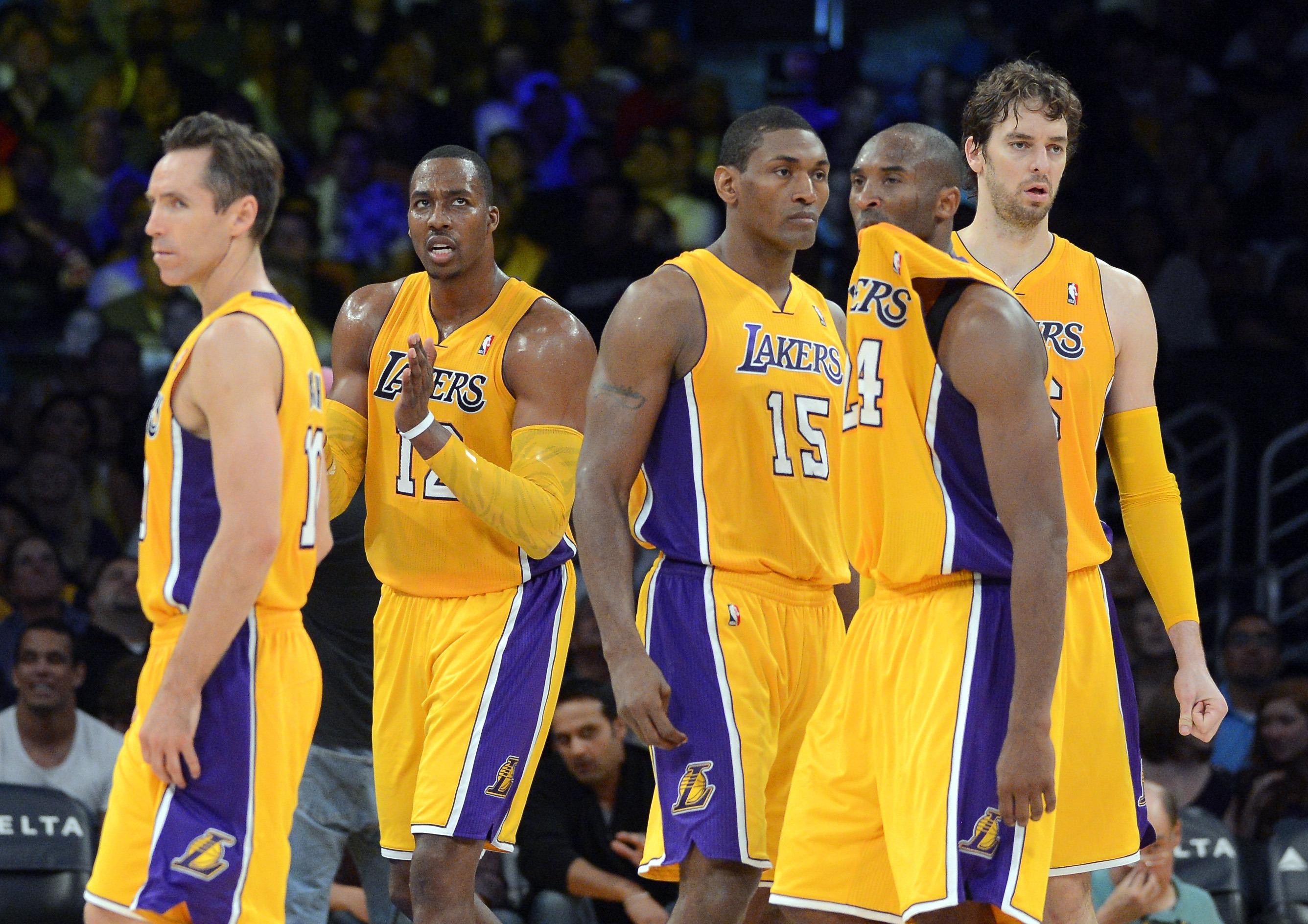 為何2013賽季湖人組成的強大F4,卻無法獲得成功?飄髪哥道出真因-Haters-黑特籃球NBA新聞影音圖片分享社區