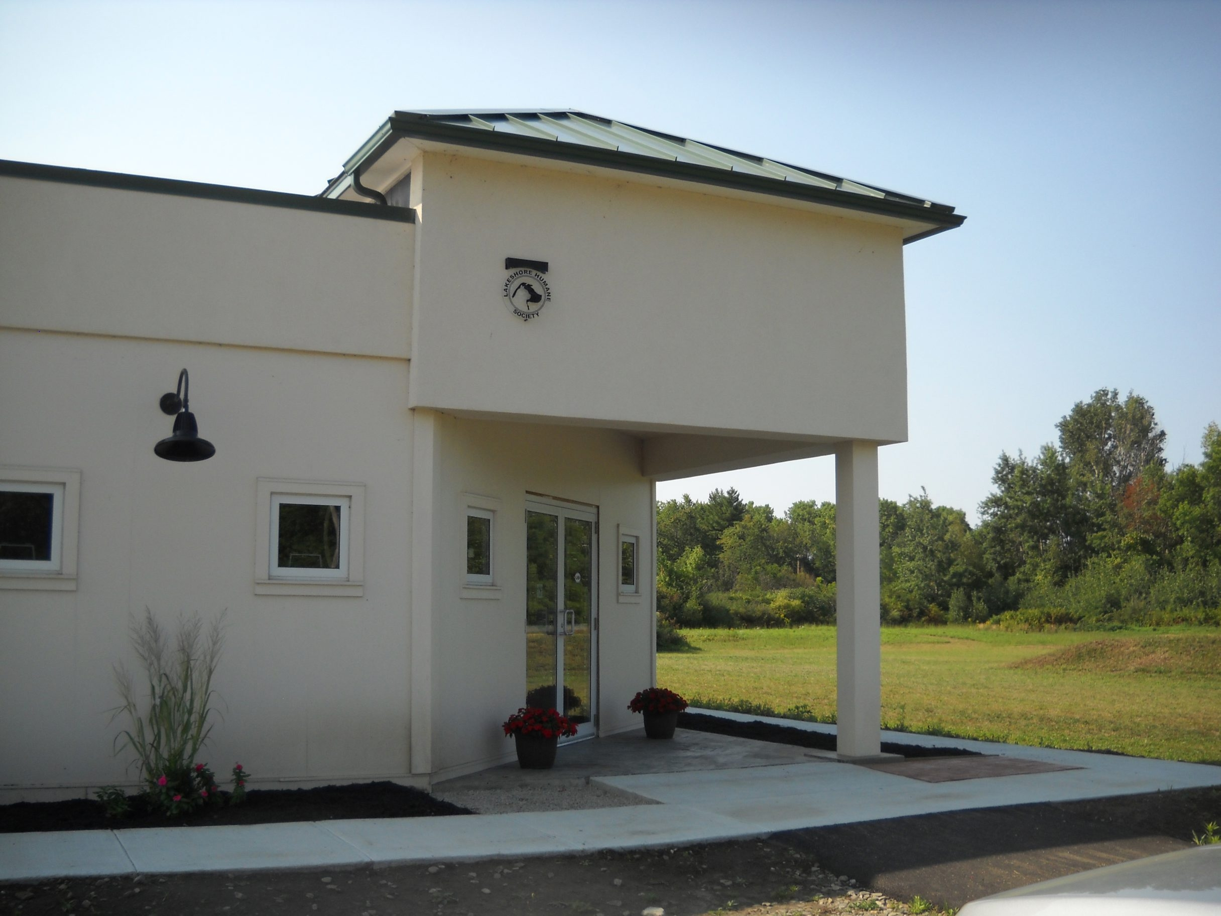 It took several years of fundraising and a lot of sweat equity from volunteers with the Lake Shore Humane Society, but the Operation Homeward Bound home for cats and dogs opened recently.
