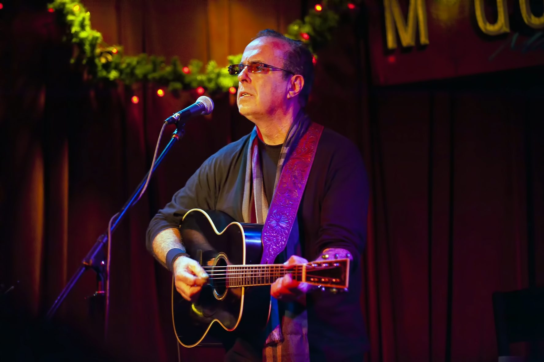 Singer-songwriter Tom Russell holds nothing back in his tunes.