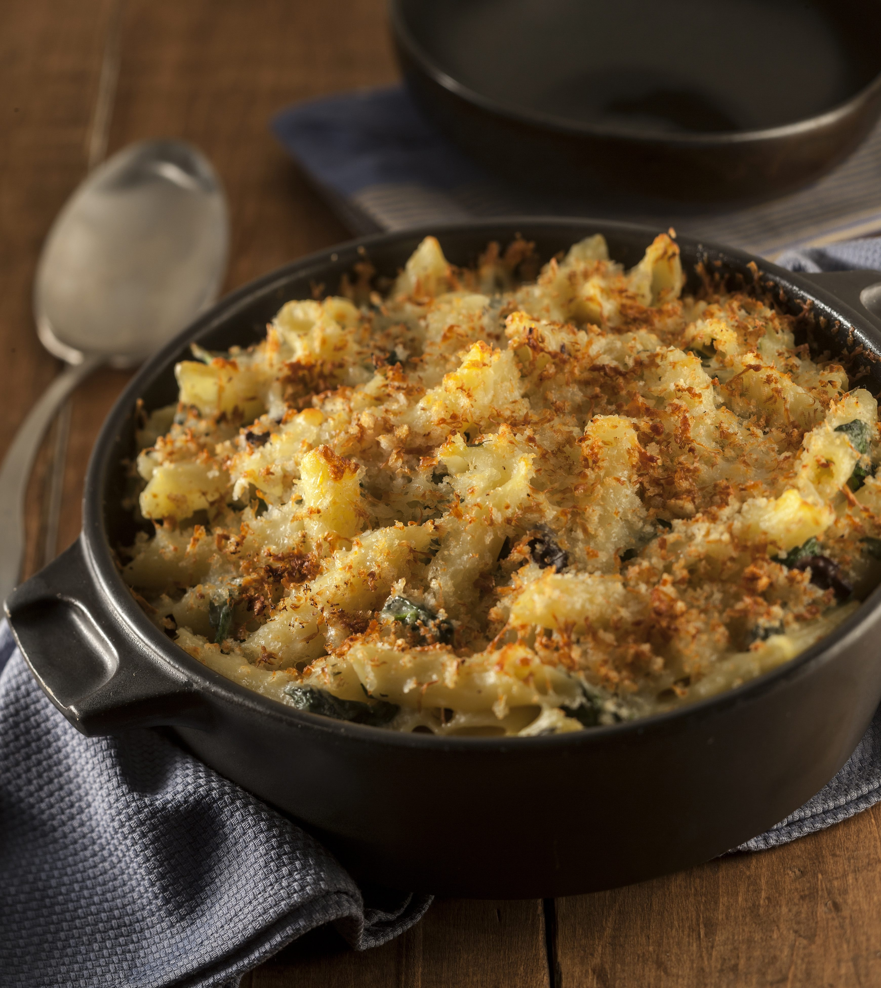 Mac and cheese is all about technique. The key elements of that technique are cooking the pasta to the proper doneness and stirring up a smooth sauce, says Ellen Brown, cookbook author, food columnist and former USA Today food editor. (Bill Hogan/Chicago Tribune/MCT)