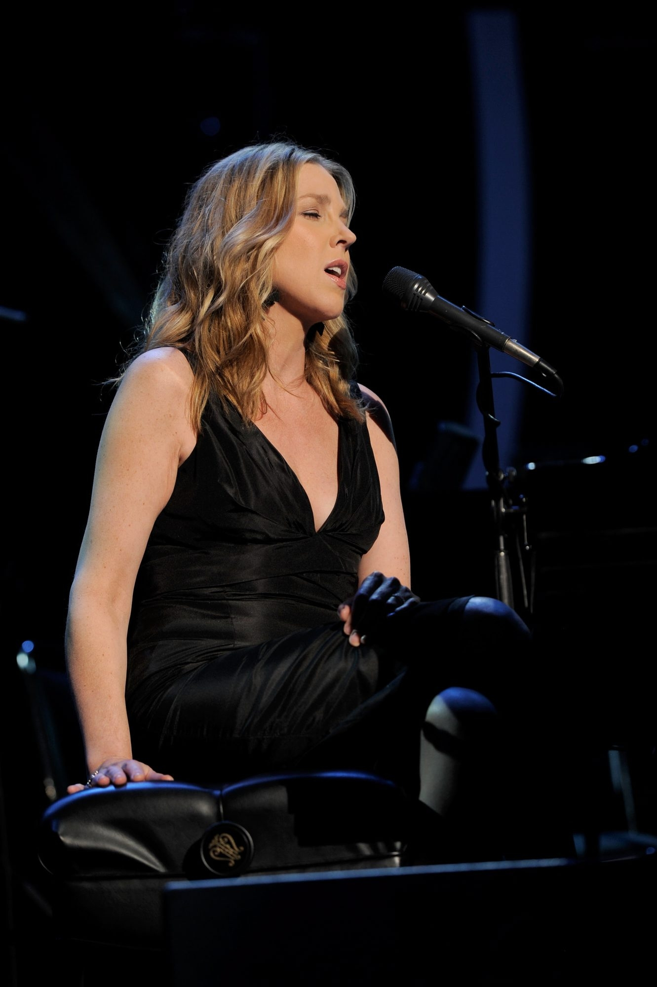 Singer Diana Krall and her musicians earned their standing ovation from a packed house at the UB Center for the Arts. (Getty Images)