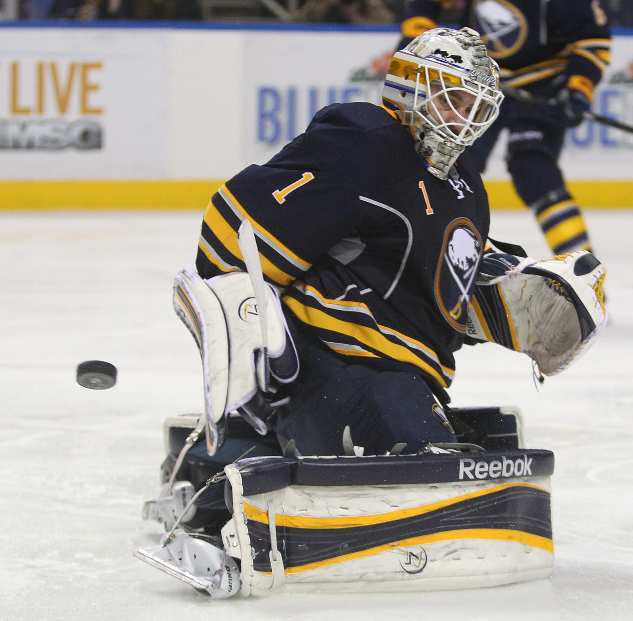 Jhonas Enroth makes one of his 29 saves during the Sabres' 1-0 triumph over the Philadelphia Flyers. (Mark Mulville/Buffalo News)