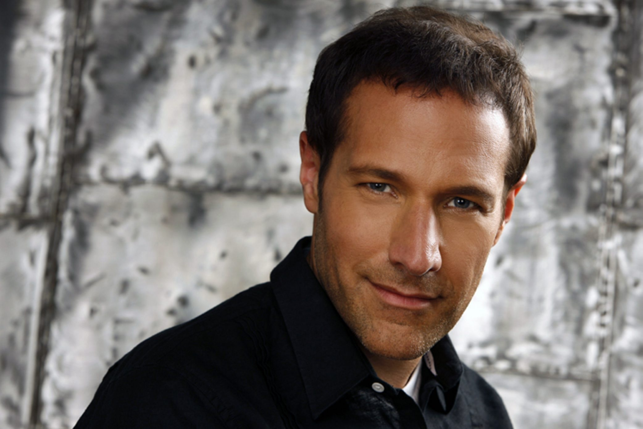Jim Brickman will bring his soothing music to Kleinhans Music Hall Saturday evening.