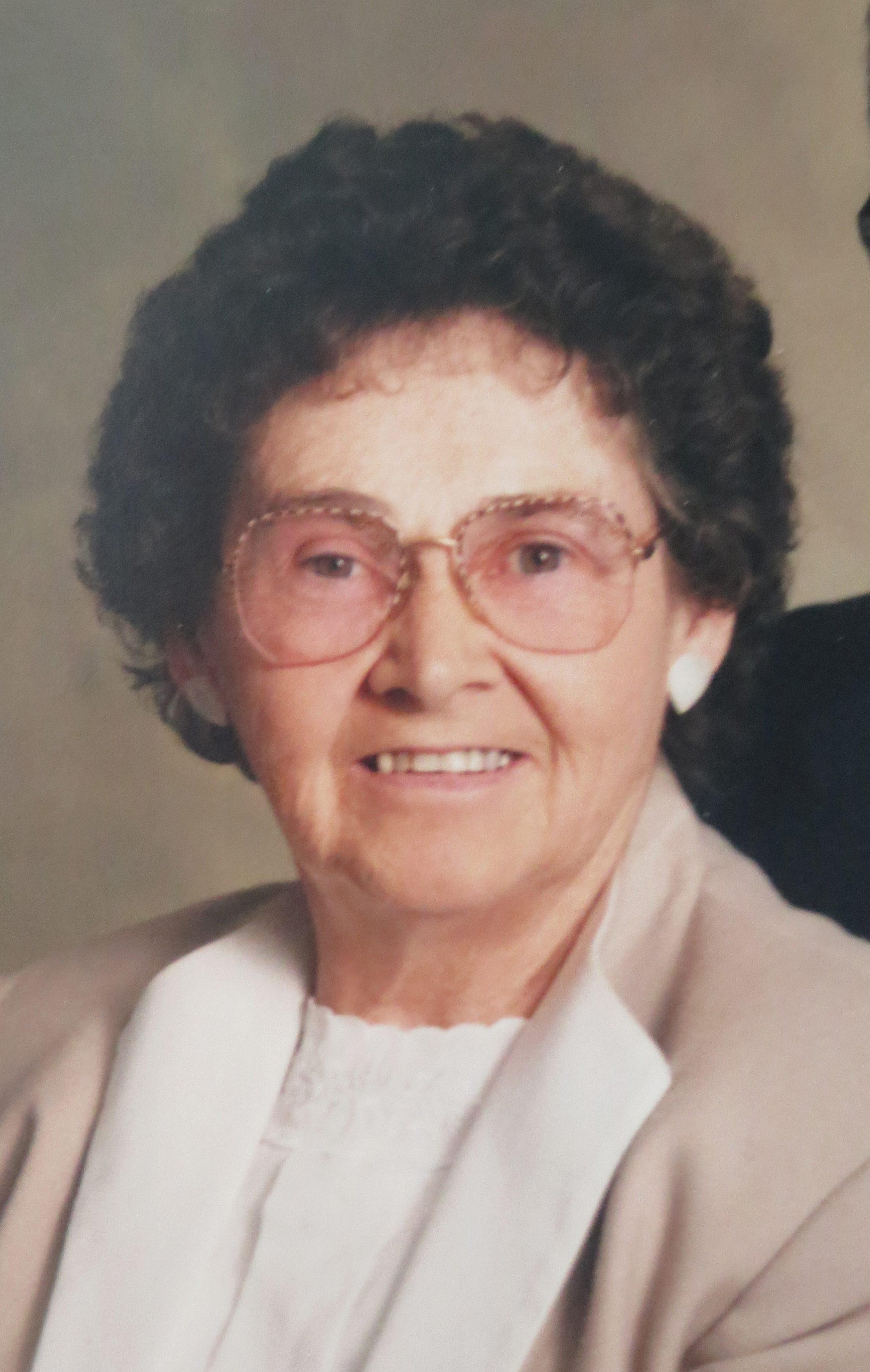 Helen Howard - obit
