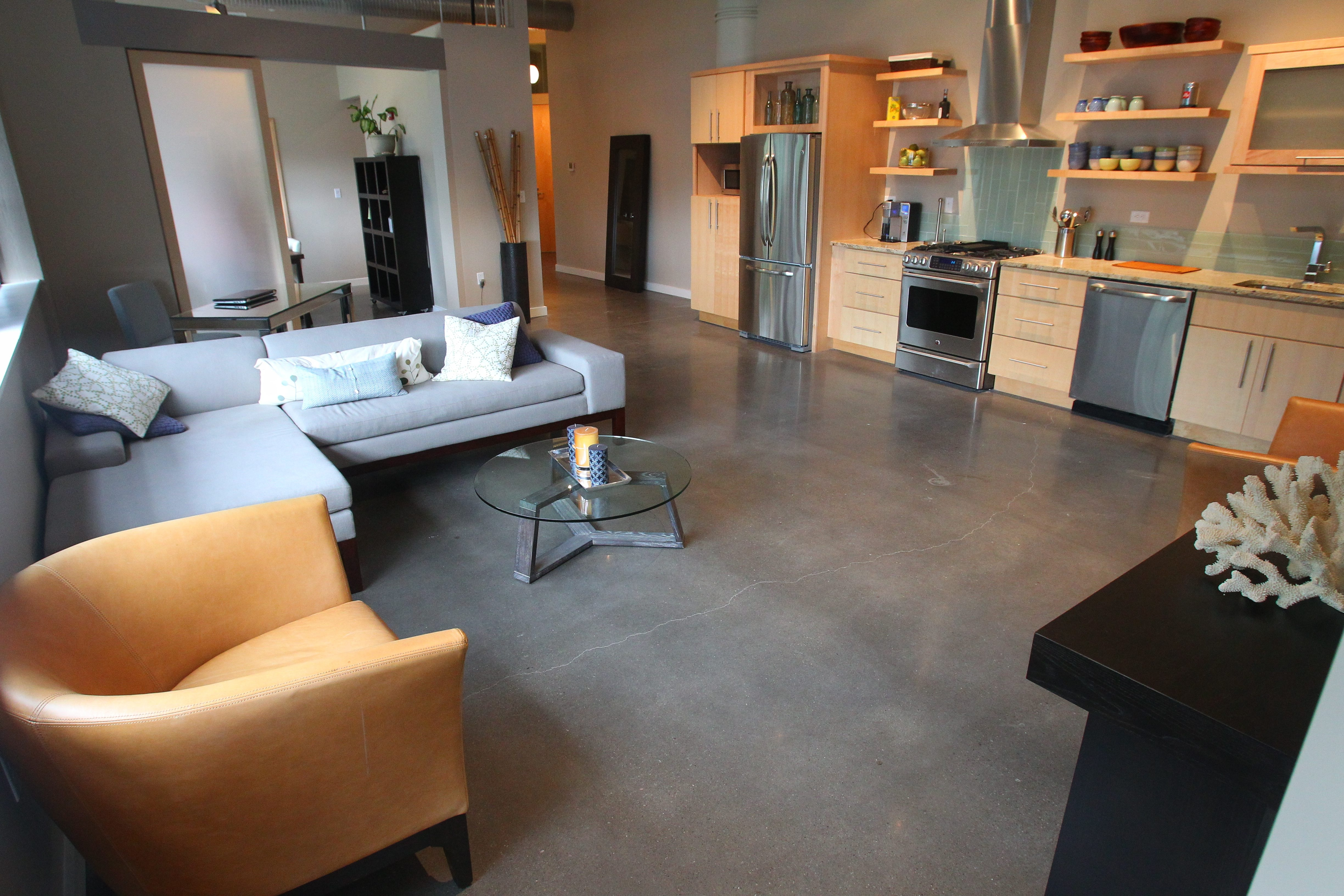 New York City developer Anthony Kissling and his Kissling Interests company converted the former Remington Rand building in North Tonawanda into a work-live loft apartment complex with 81 luxury units, an upscale restaurant, a yoga studio and a hairstylist school.