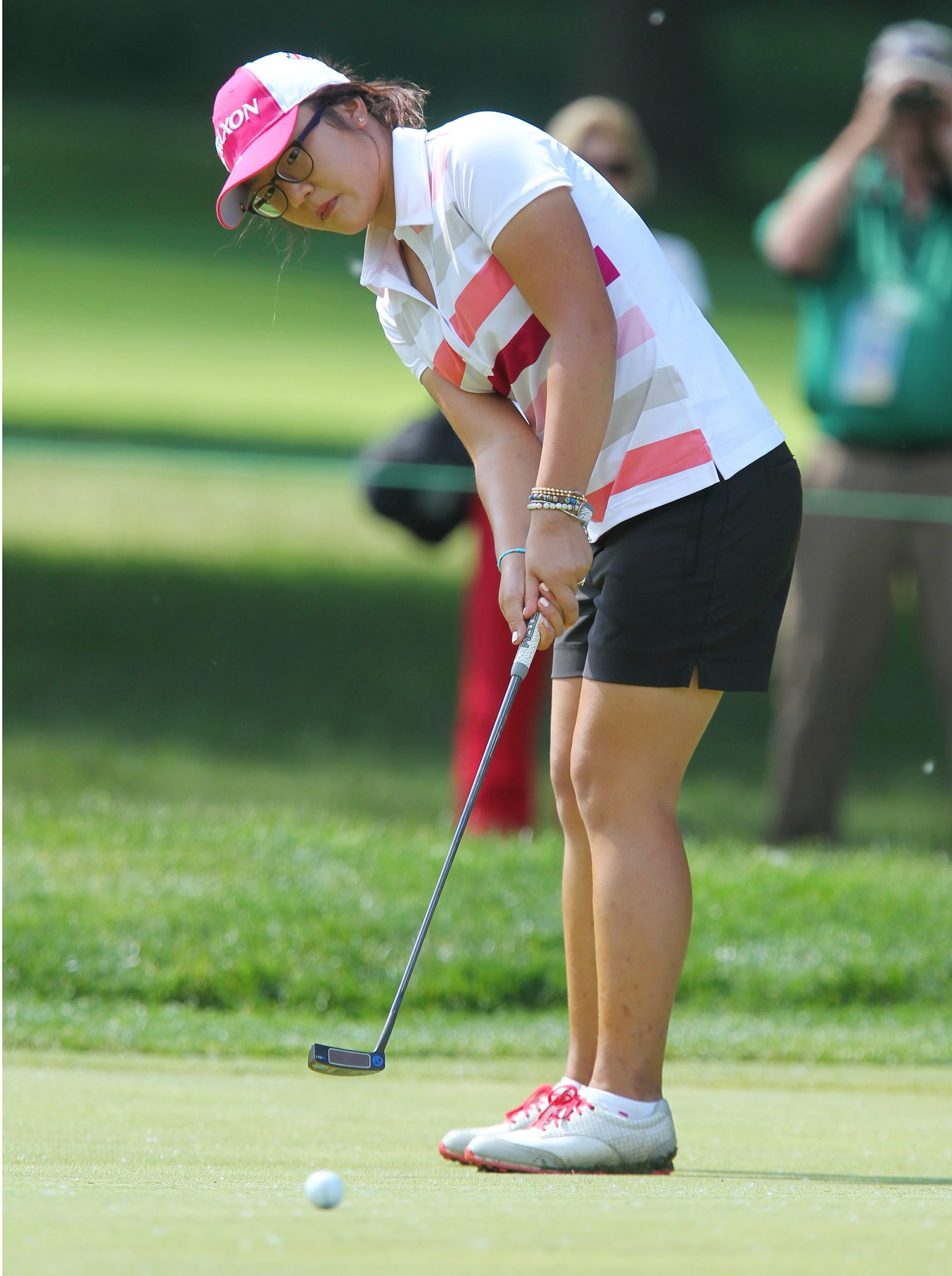 Lydia Ko, a 16-year-old who lives in New Zealand, is one of the best putters on the LPGA Tour.