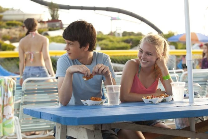 Liam James as Duncan and AnnaSophia Robb as Susanna in 'The Way Way Back.'