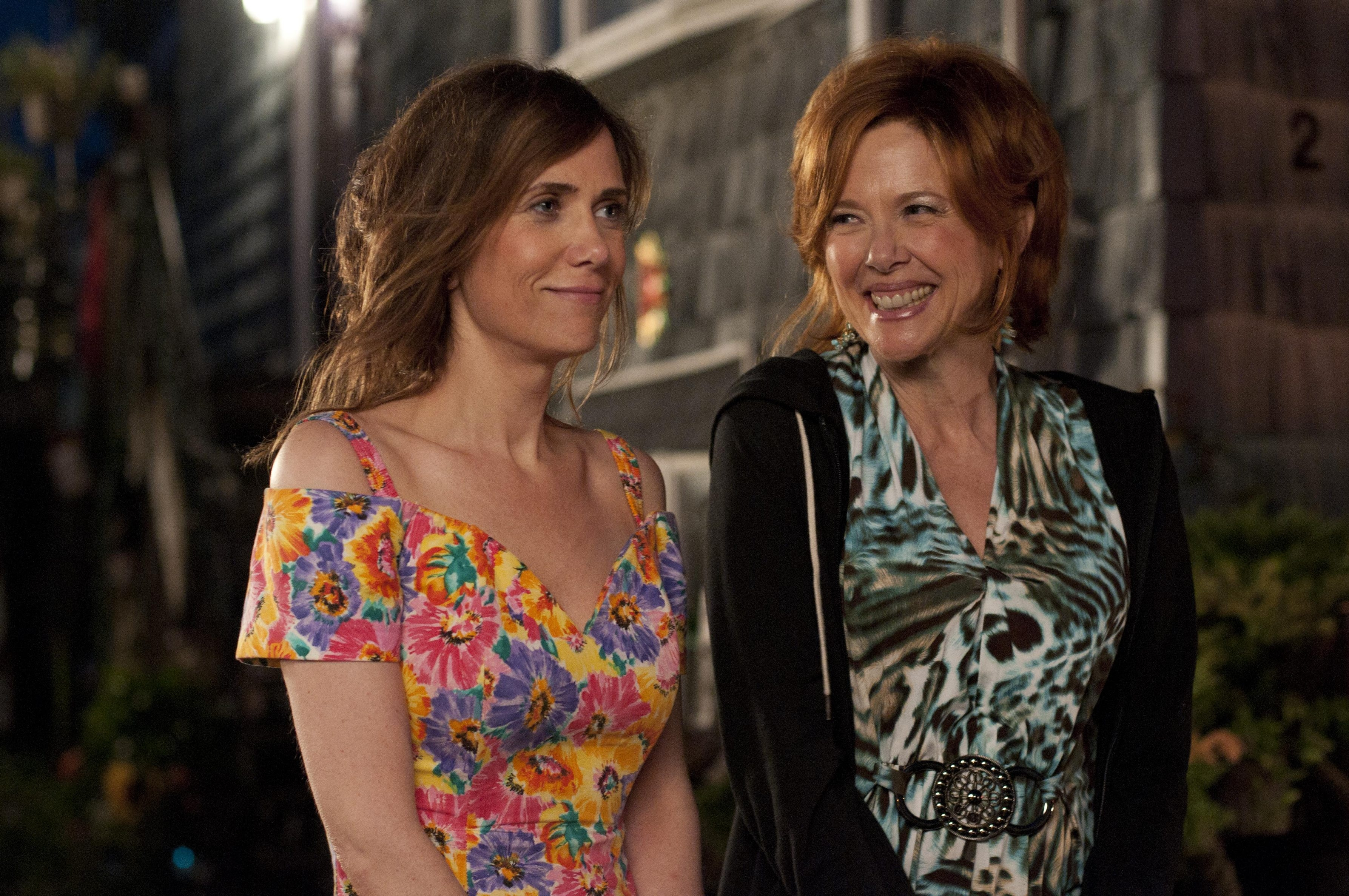 Kristen Wiig, left, and Annette Bening play a dysfunctional daughter and mother in 'Girl Most Likely.'
