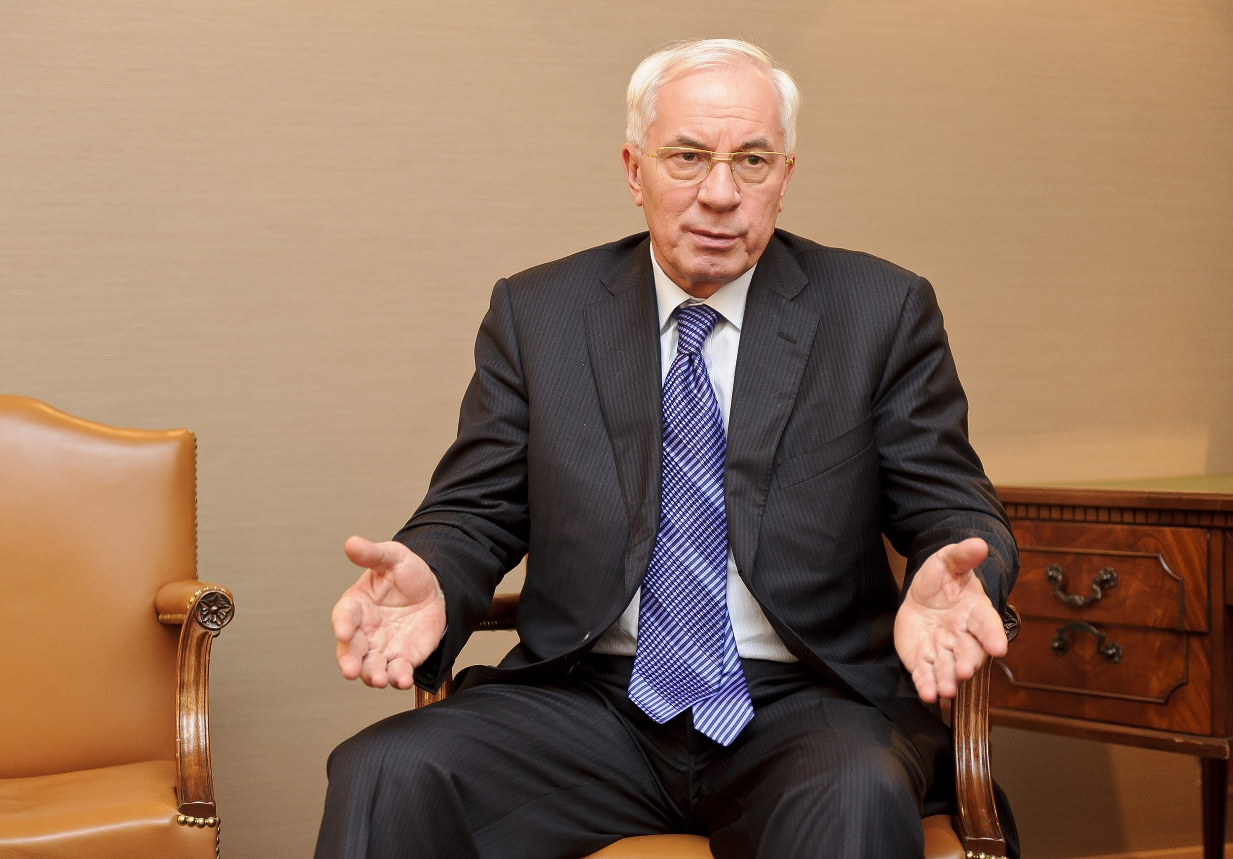 "Ukrainian Prime Minister Mykola Y. Azarov, is bristling at demands that his country join the customs union of  Russia, Belarus and Kazakhstan instead of signing long-term trade agreements with the European Union. Azarov calls Putin regime's tactics an attempt at ""humiliation."""