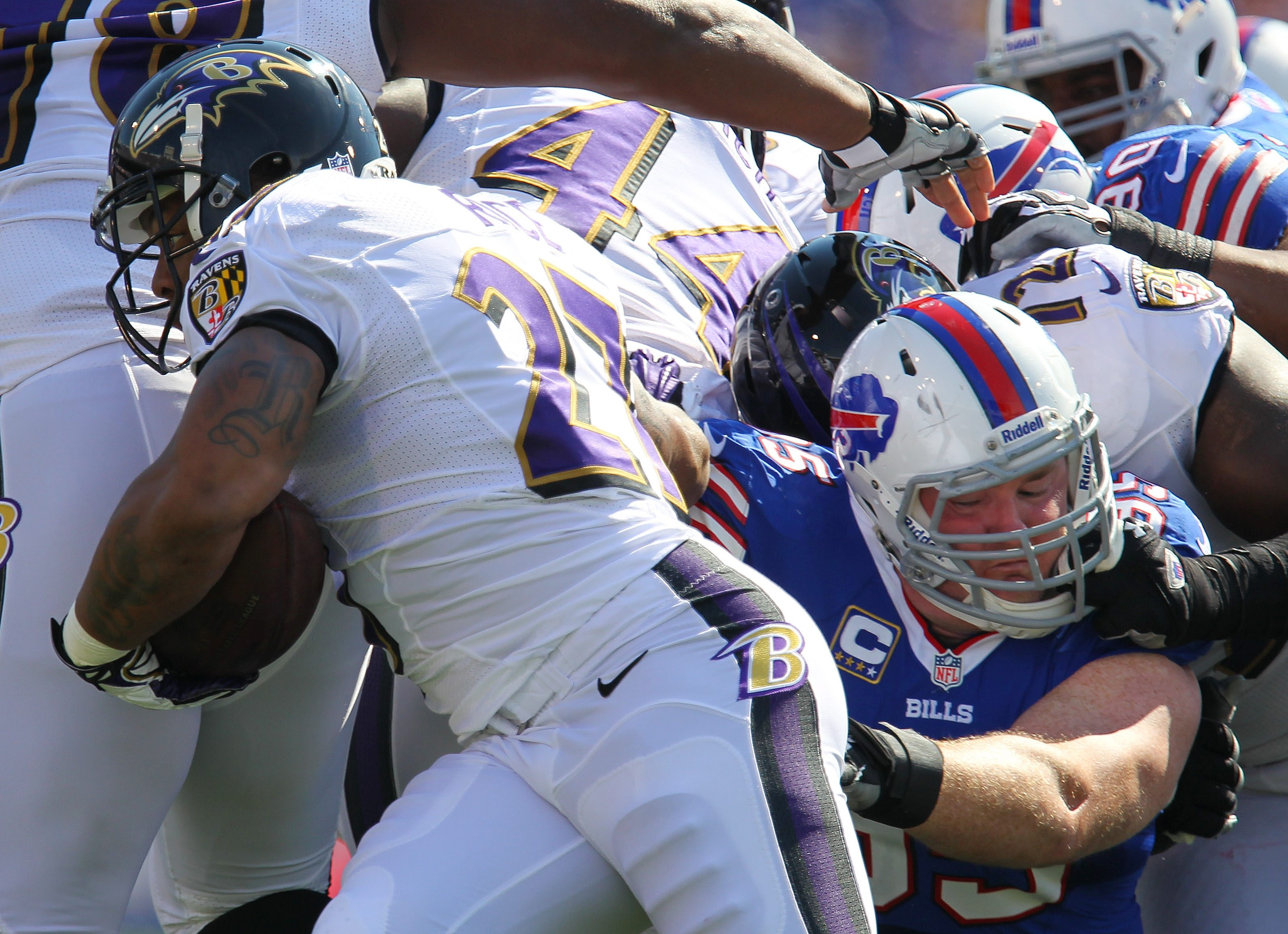 Bills defensive tackle Kyle Williams slows Ray Rice on one of the Ravens' nine rushing attempts.