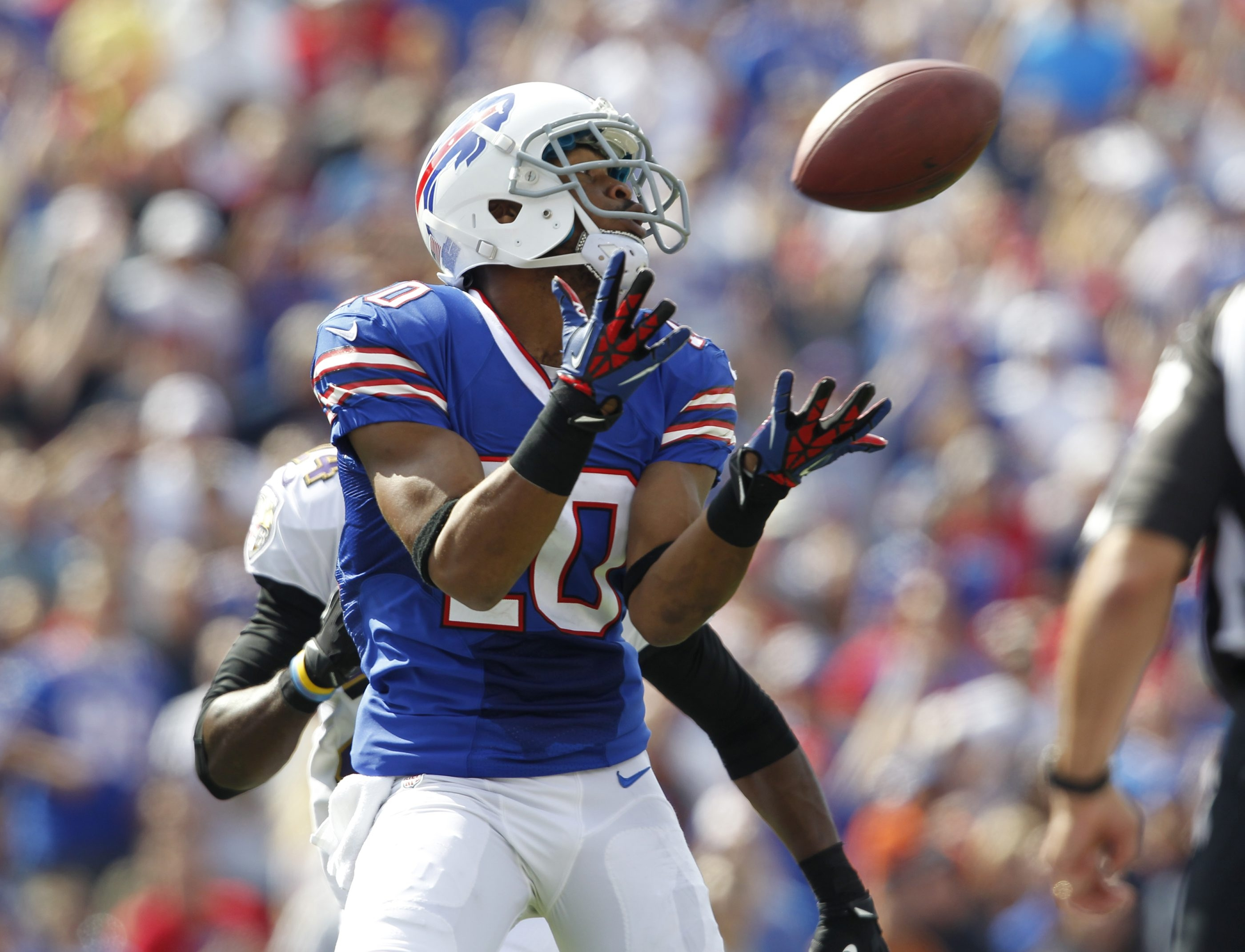 Blocking by Fred Jackson gave Buffalo Bills wide receiver Robert Woods time to catch this 42-yard TD pass in the second quarter.