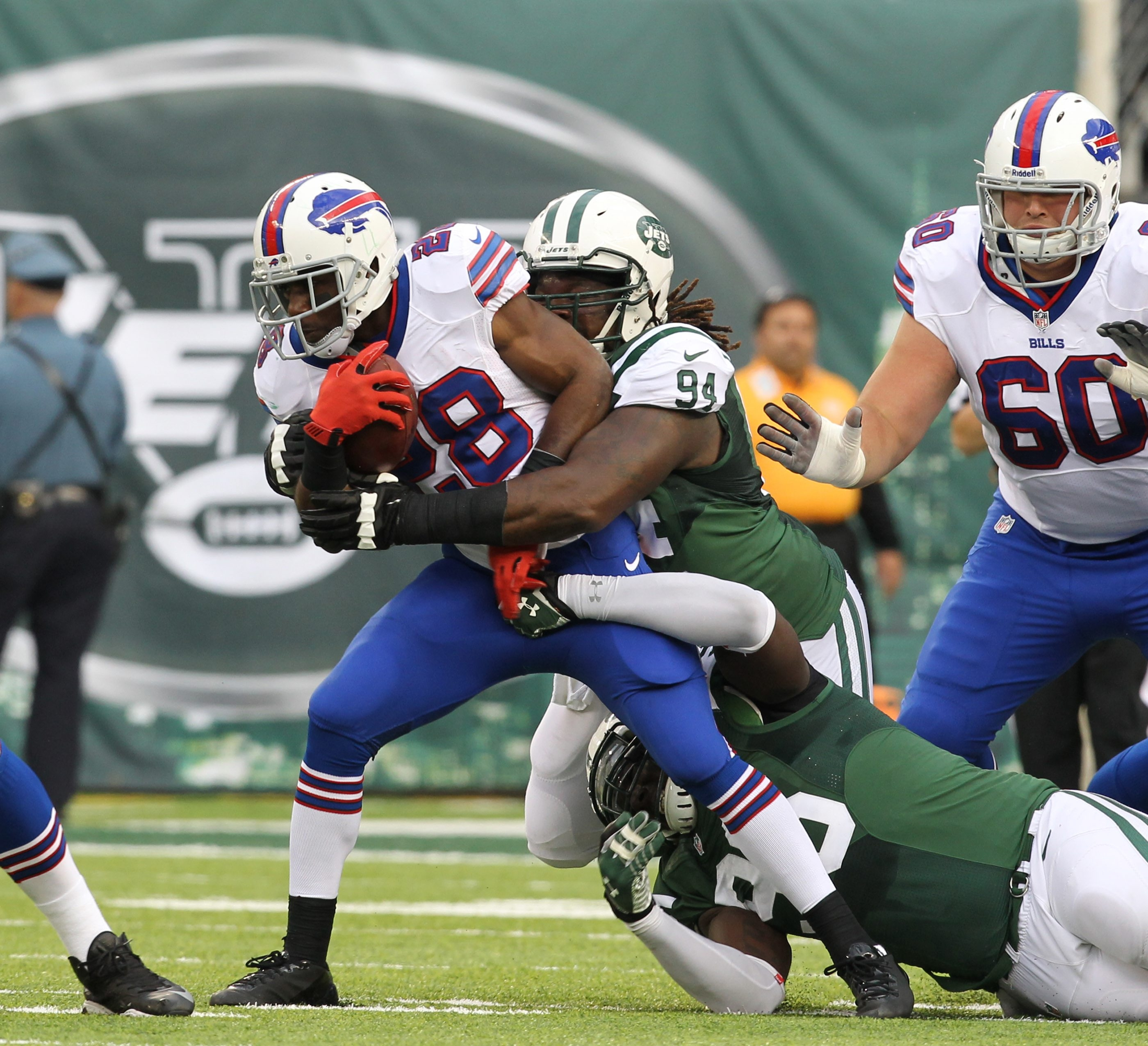 C.J. Spiller (28)  says things won't get any easier for the Bills' offense until EJ Manuel starts hitting his throws down field. {James P. McCoy/ Buffalo News}