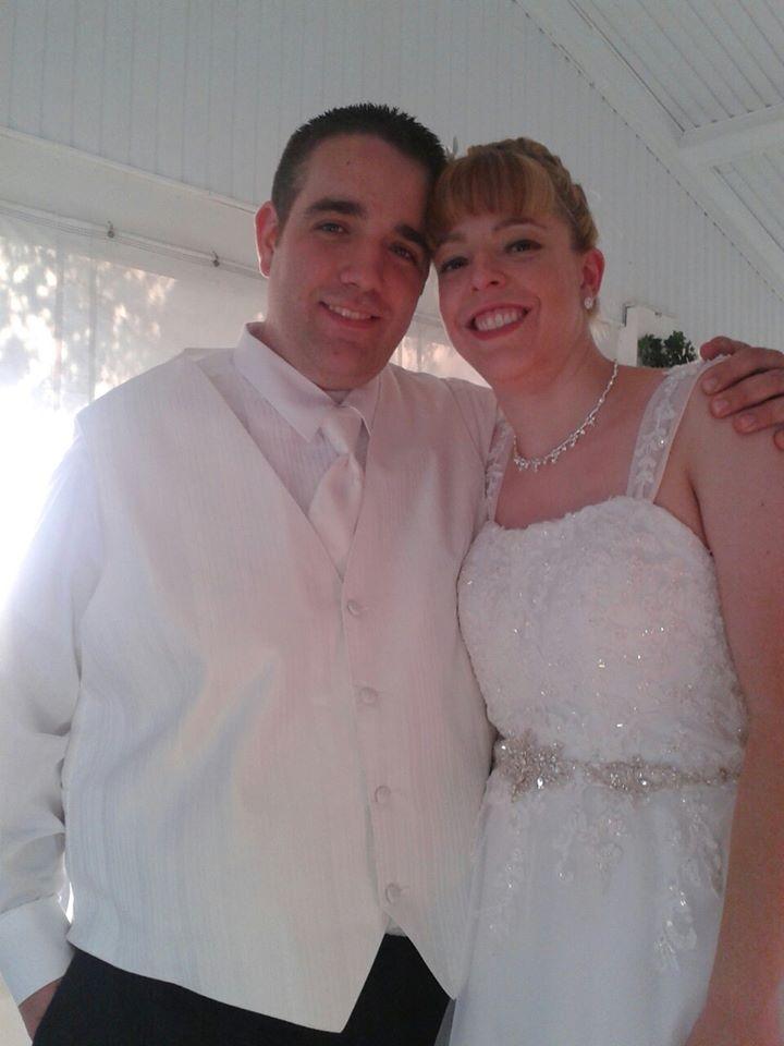 Kathryn Wolf and Daniel Lynch are wed in Tonawanda