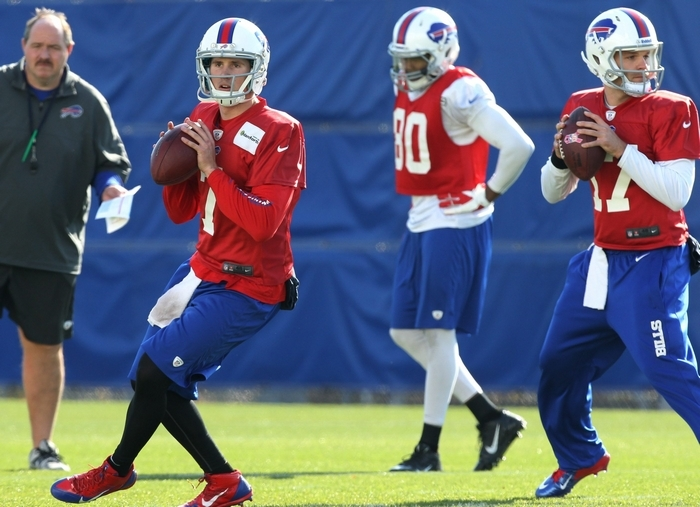 Jeff Tuel took the bulk of the snaps Wednesday at practice. (James P. McCoy/Buffalo News)