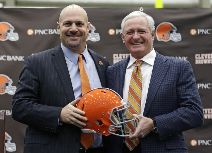 Browns owner Jimmy Haslam wlecomes first-time head coach Mike Pettine with a five-year contract. (Associated Press)