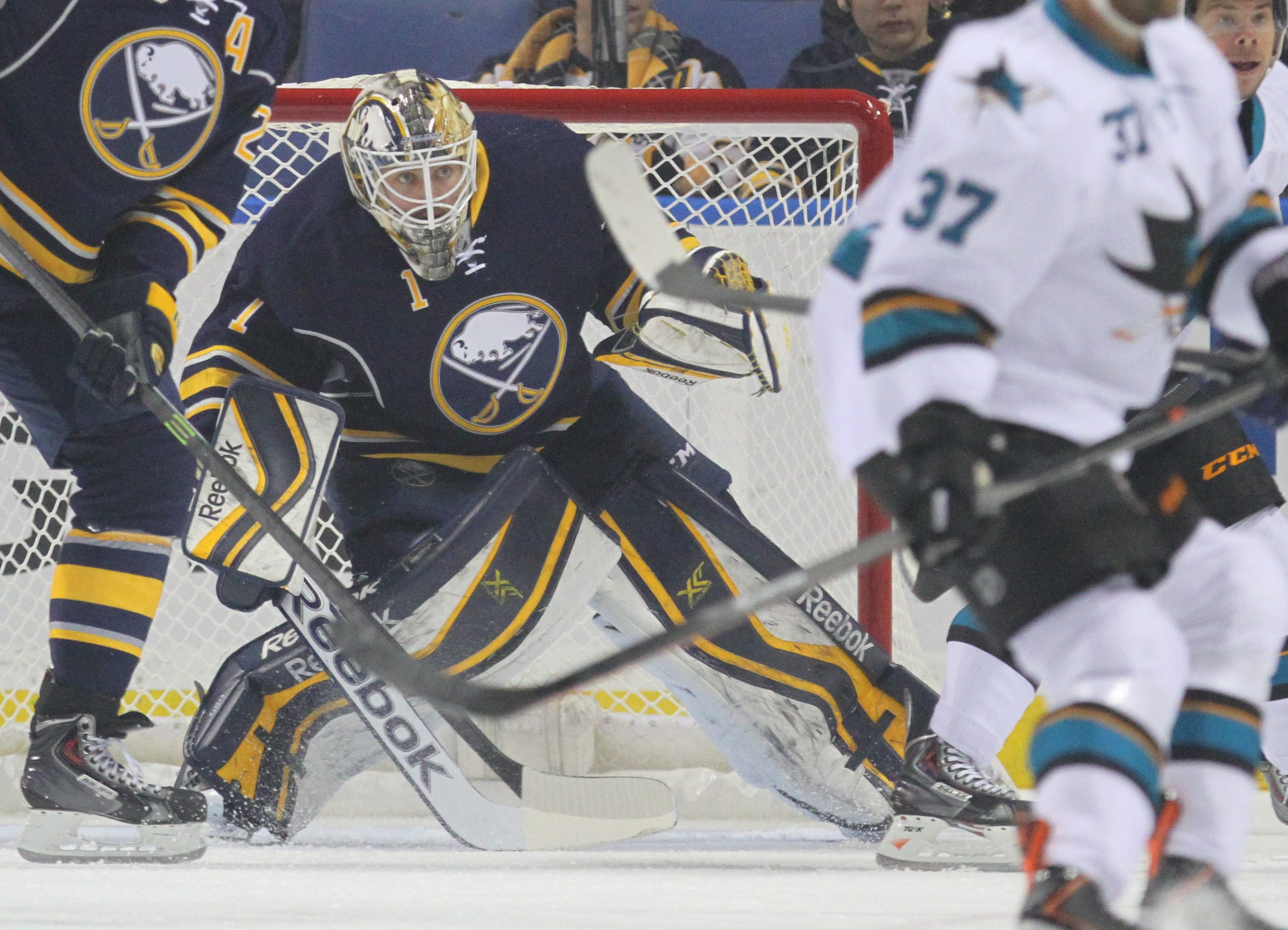 The Sabres' Jhonas Enroth has won two straight games for the first time this season.