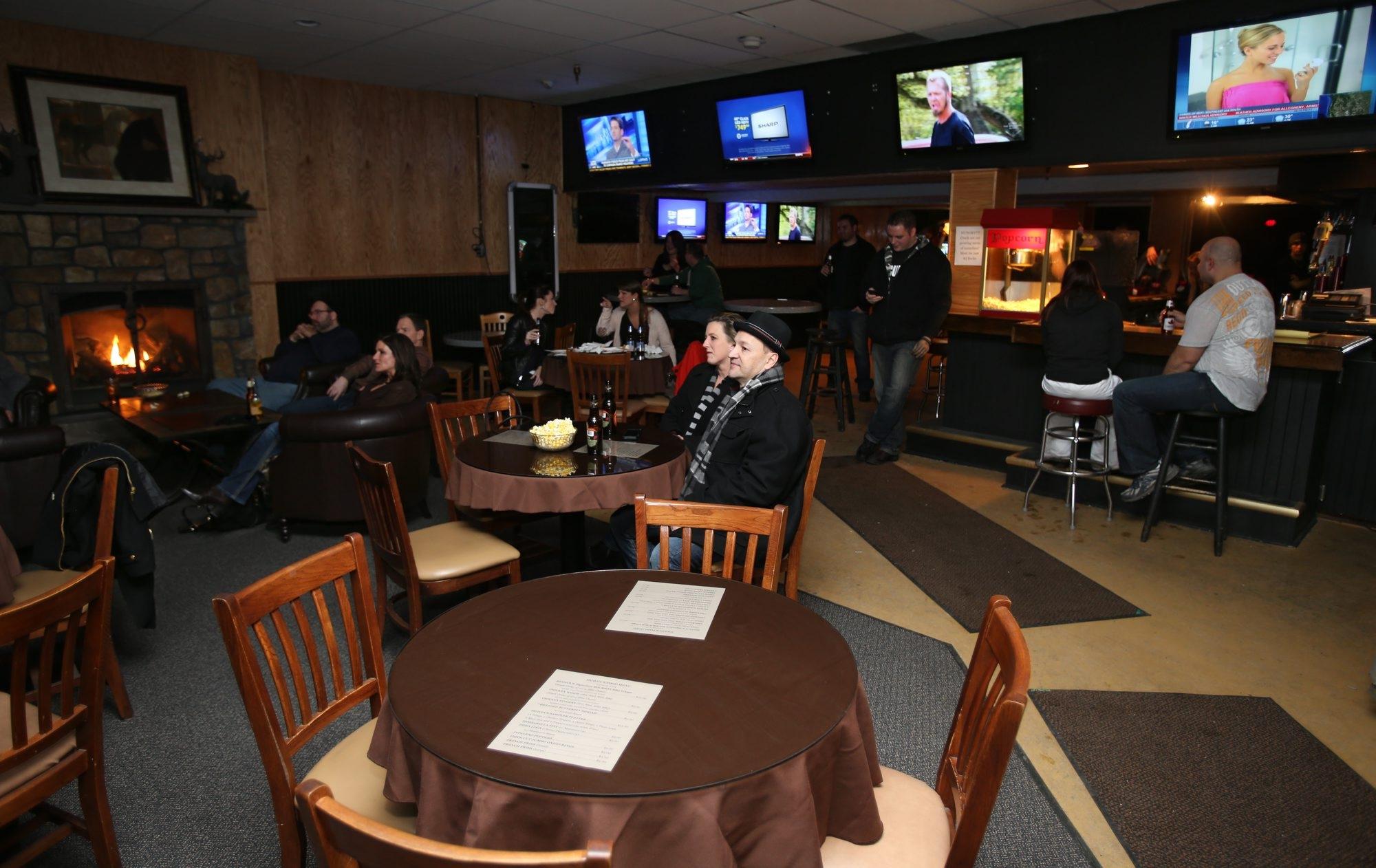 Bar Tab Howdys Is Honky Tonk Heaven The Buffalo News
