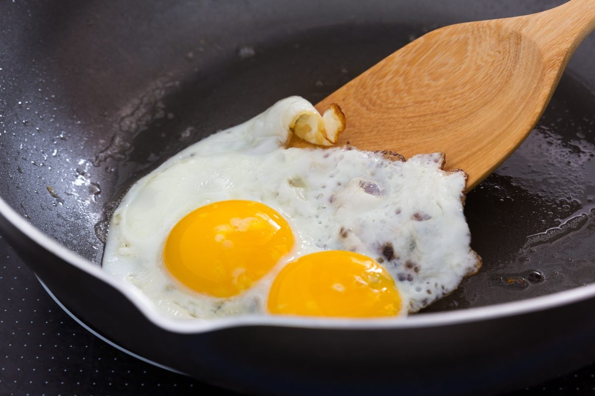 Debate continues on the risks of consuming cholesterol-rich foods like eggs. If you like eggs, it's best to limit consumption to one a day.