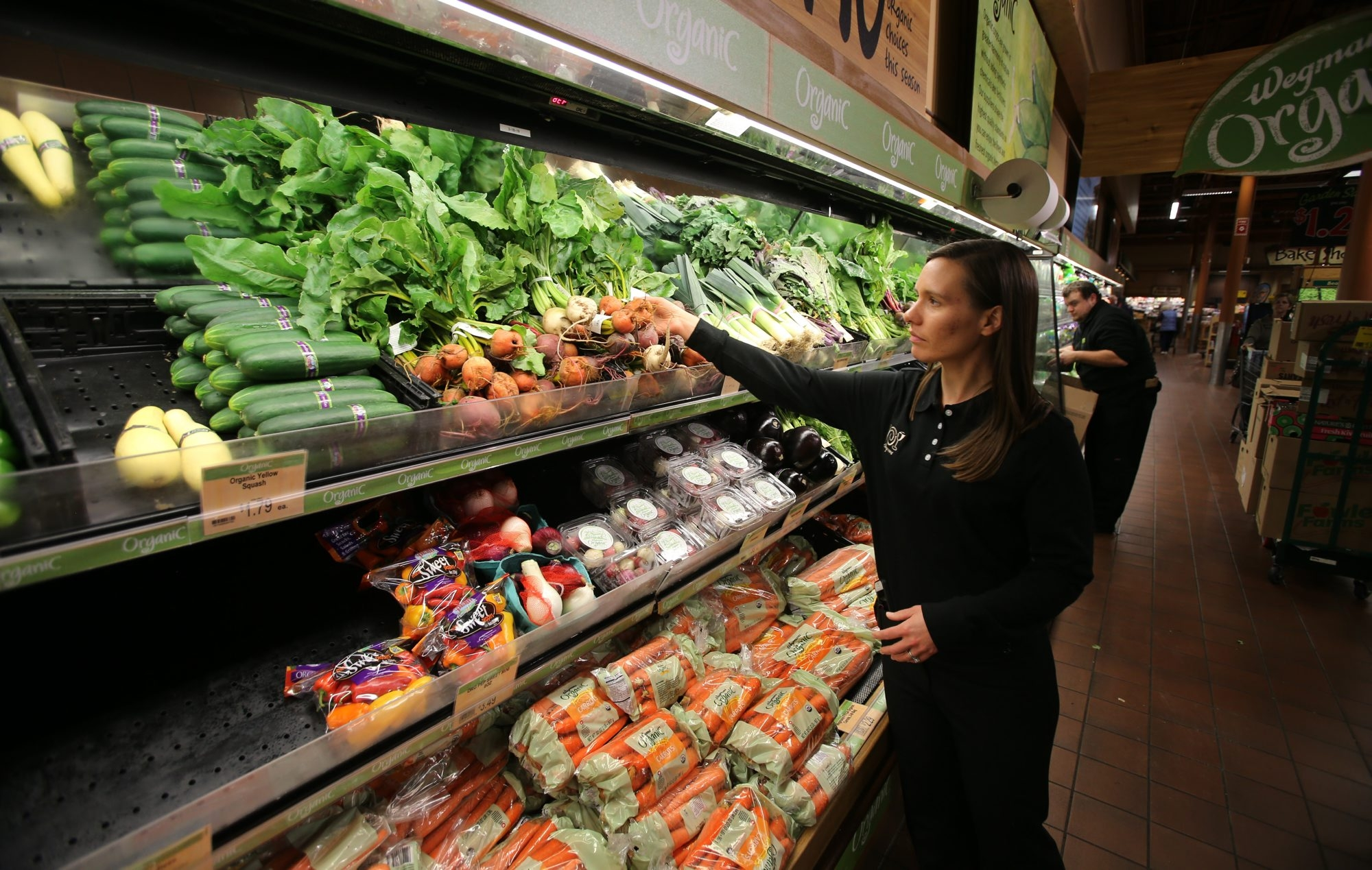Wegmans drew the highest possible score for perishables, among other factors, in Consumer Reports' survey of the nation's supermarkets.
