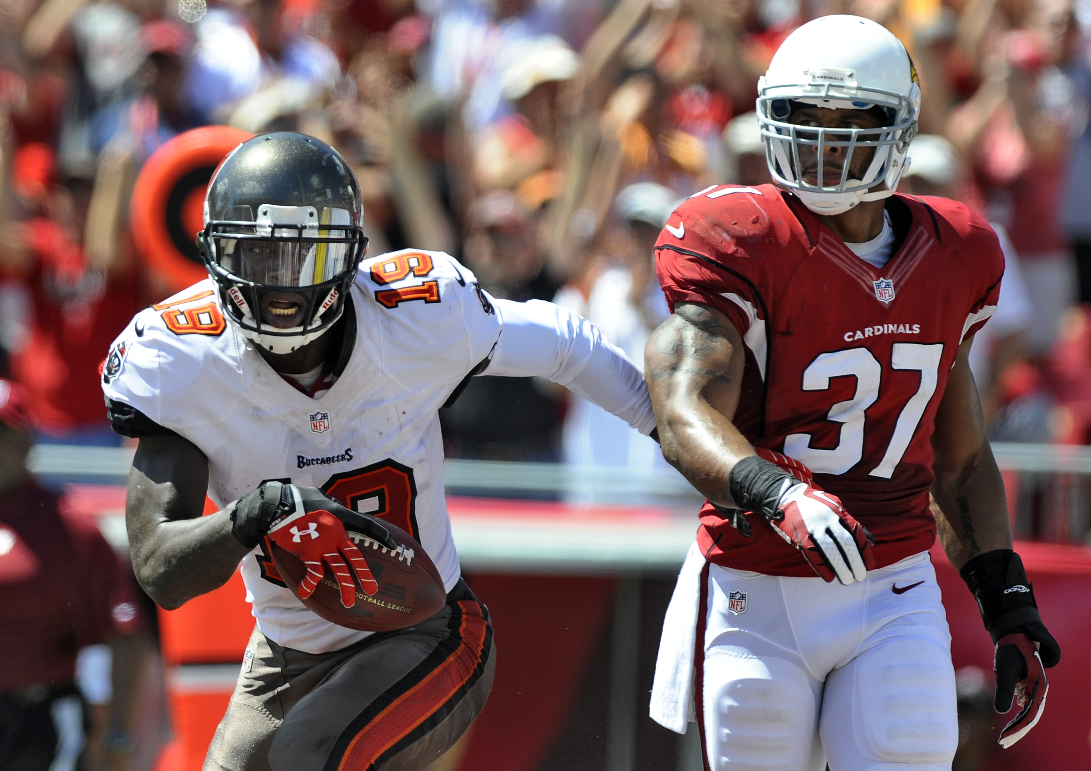 Tampa Bay Buccaneers wide receiver Mike Williams (19) was released from the hospital late Sunday; an arrest warrant has been issued for his brother, Eric Baylor.