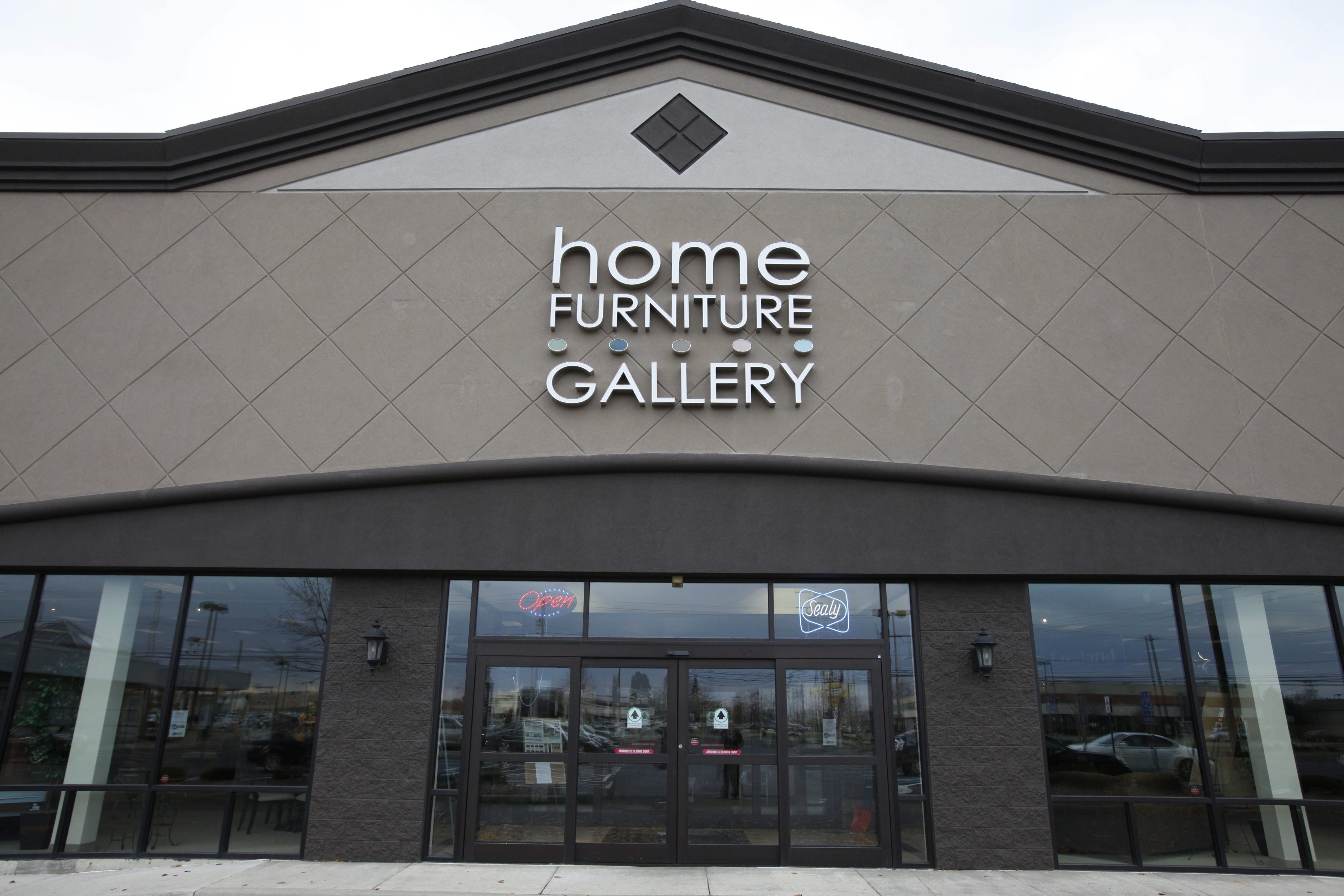 The Home Furniture Gallery On Union Road At Galleria Drive In Cheektowaga  Will Close Along With