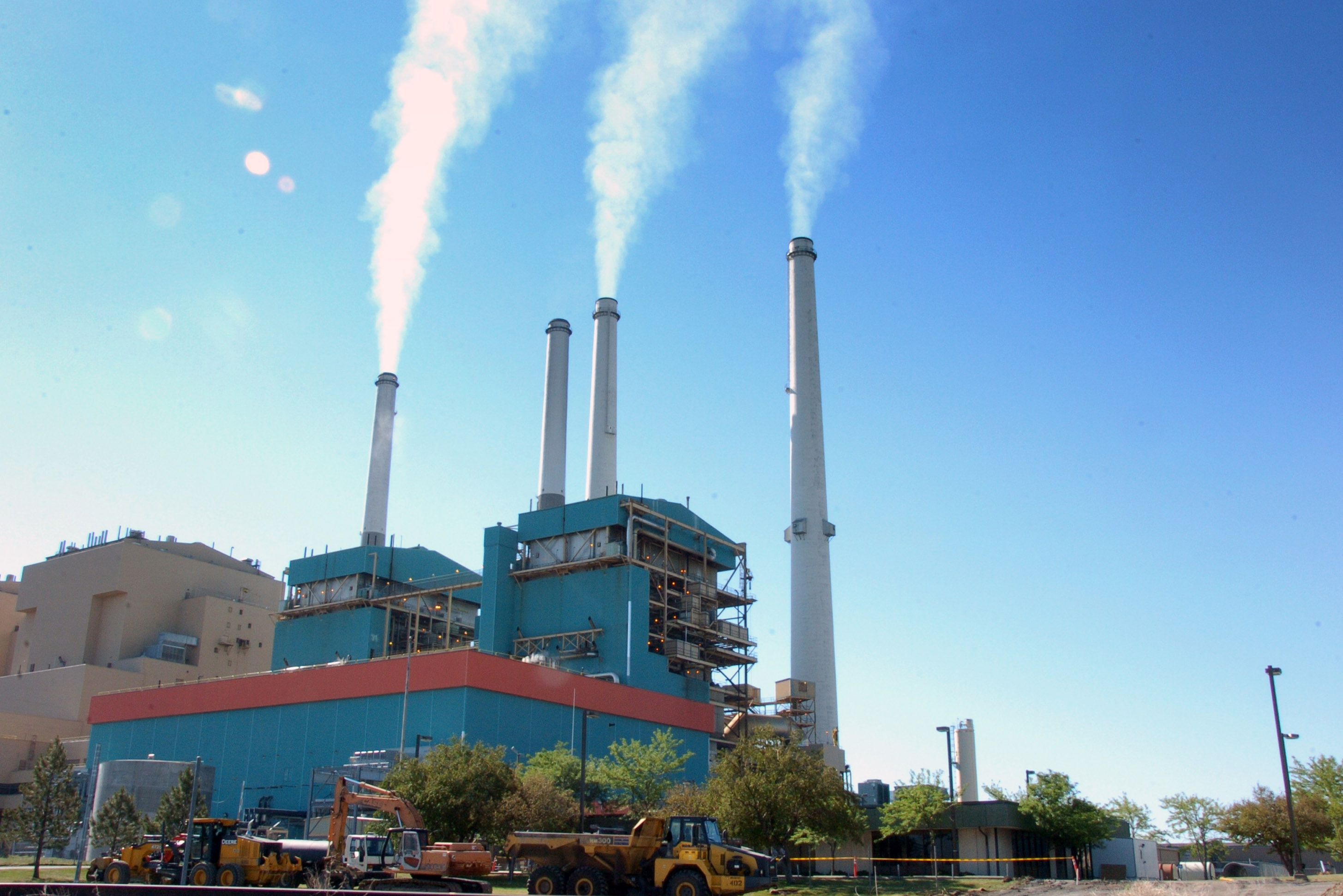 Tuesday's Supreme Court decision hands environmentalists an important victory in the effort to reduce power plant pollution that contributes to unhealthy air in neighboring states. (AP file photo)