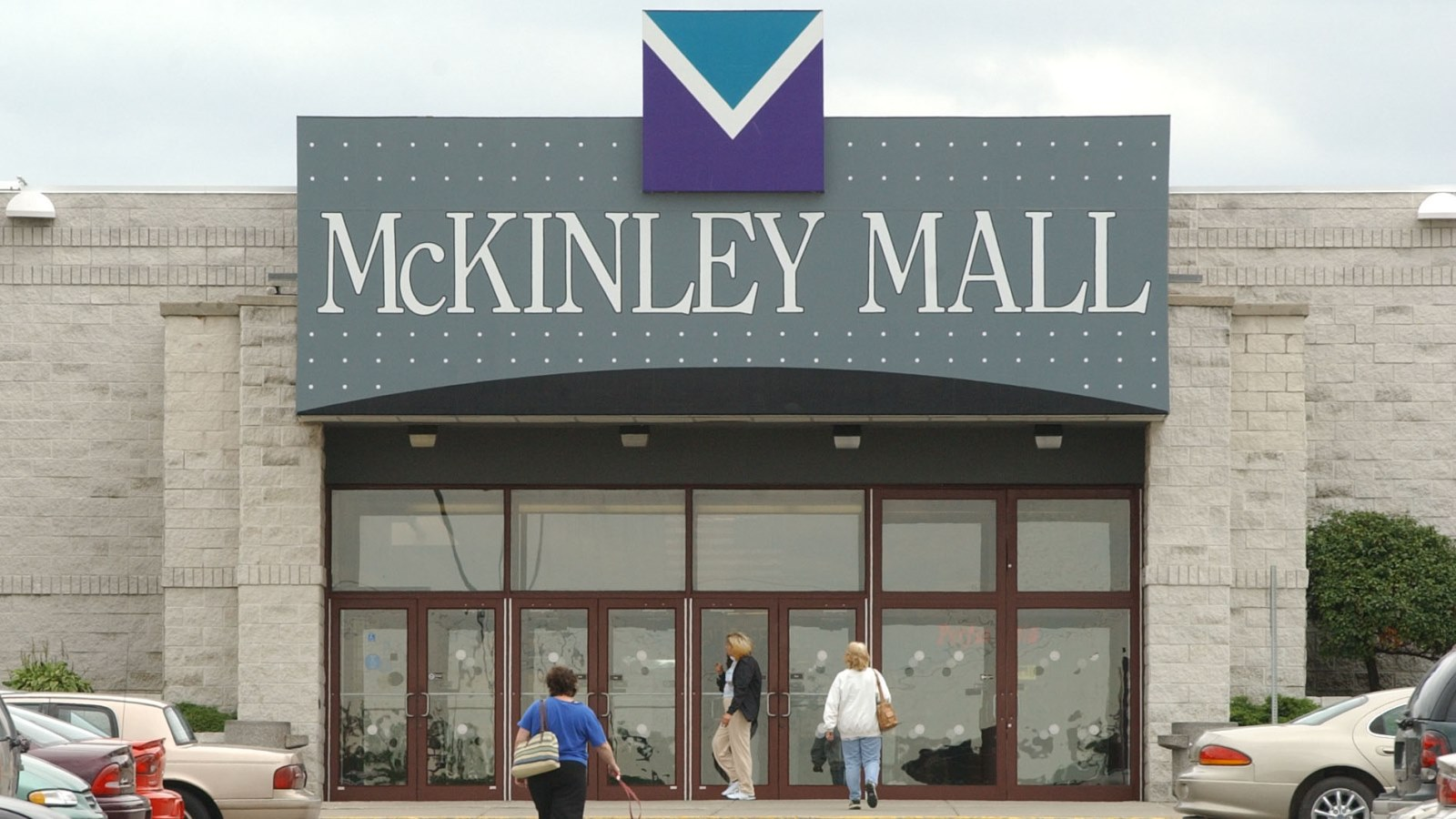The McKinley Mall, pictured here in 2003, remains a Southtowns hub years after its construction. (Sharon Cantillon/Buffalo News)