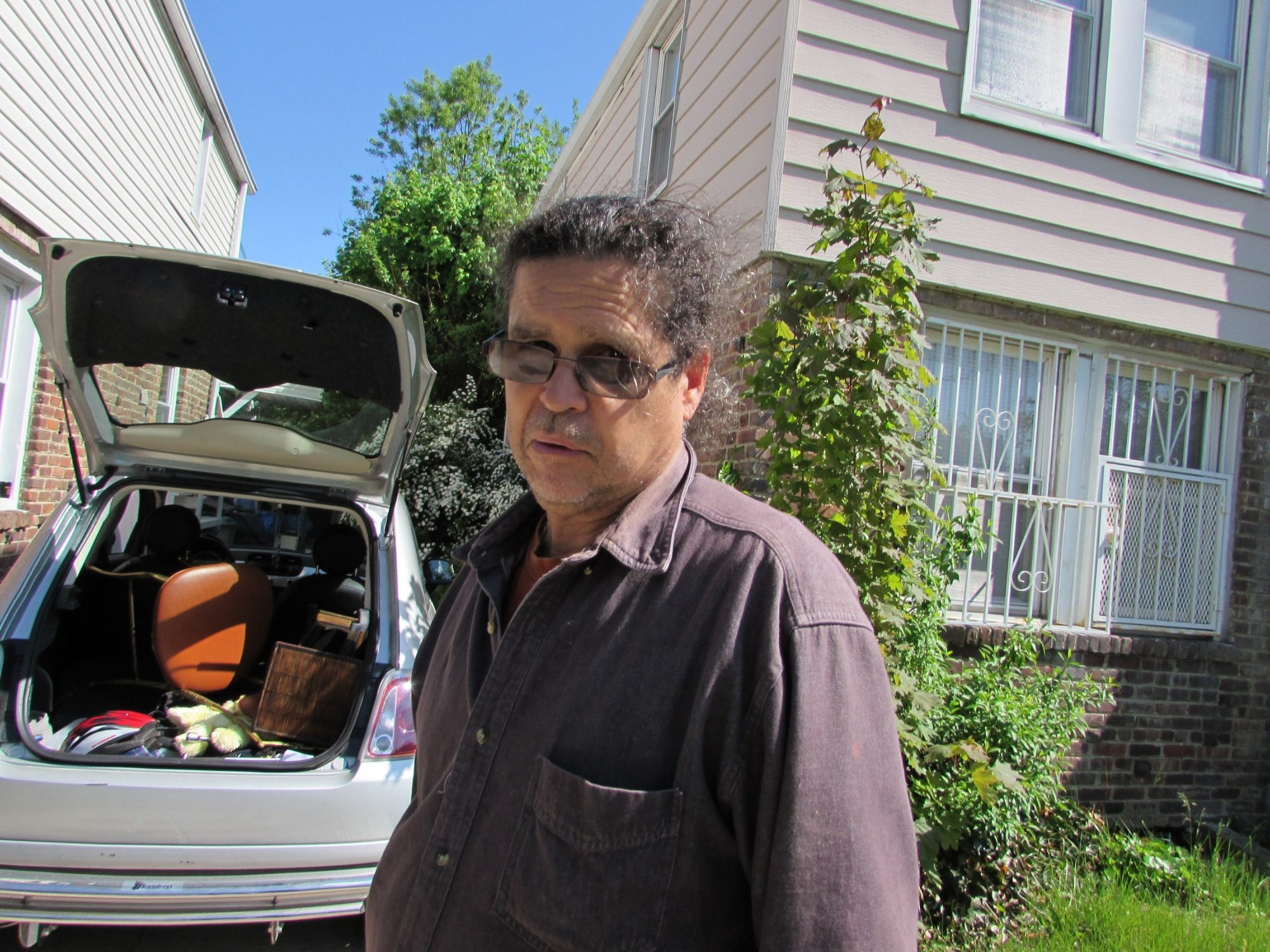 Retired letter carrier Steven Ramos packs up his modest house in Queens to move to central Florida, where he estimates his living costs will drop by 80 percent. Florida, a perennial favorite for retirees, has seen retirement moves double since the recession ended.