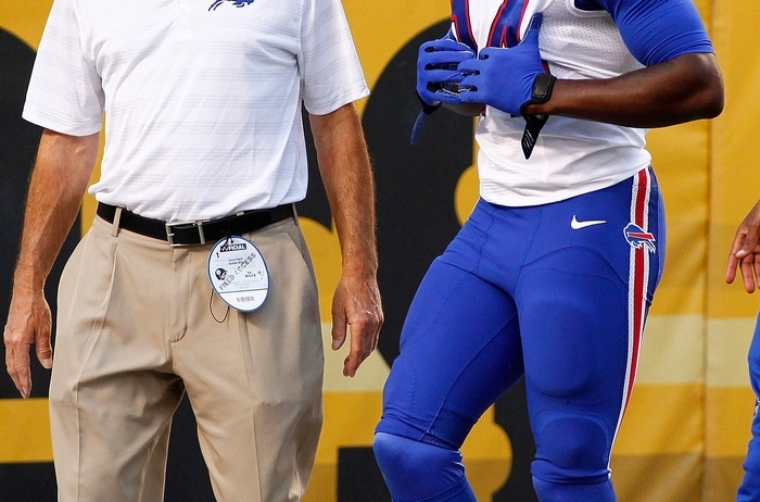 Bills wide receiver Sammy Watkins walks to the locker room after injuring his ribs. (Getty Images)