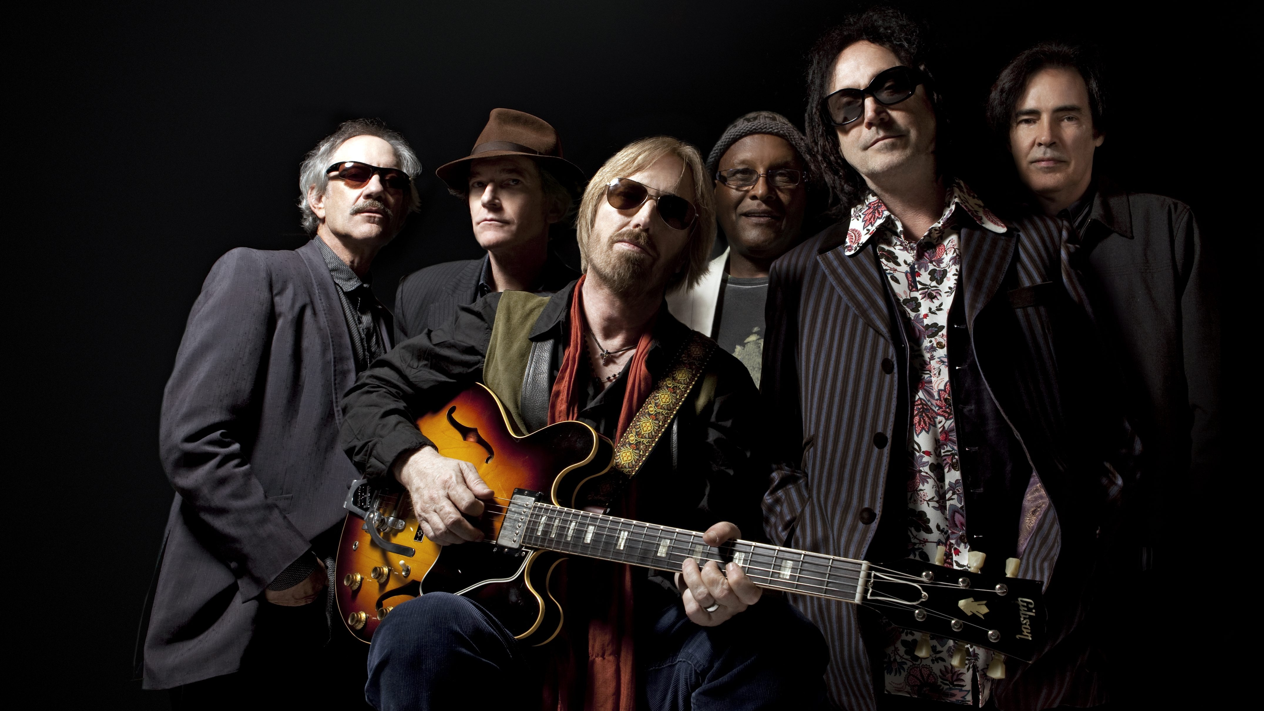 Tom Petty & the Heartbreakers released the darkly brilliant 'Hypnotic Eye' this week.