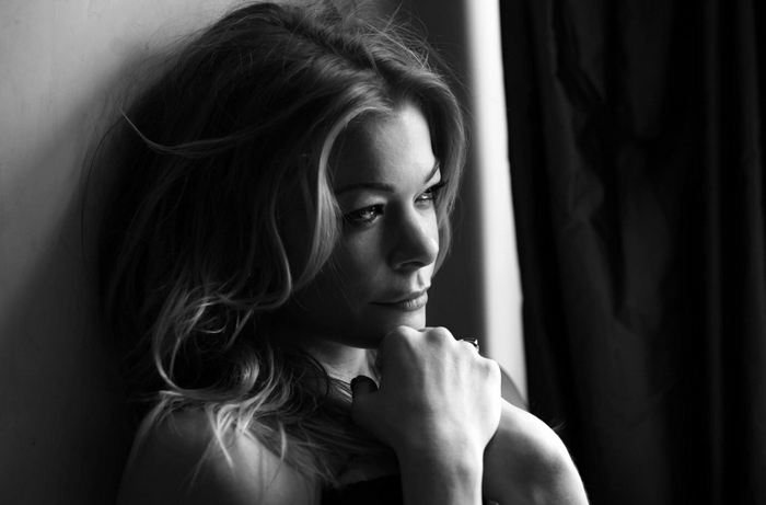Leann Rimes is one of 15 modern country artists paying tributre to Motley Crue on 'Nashville Outlaws,' out this week.