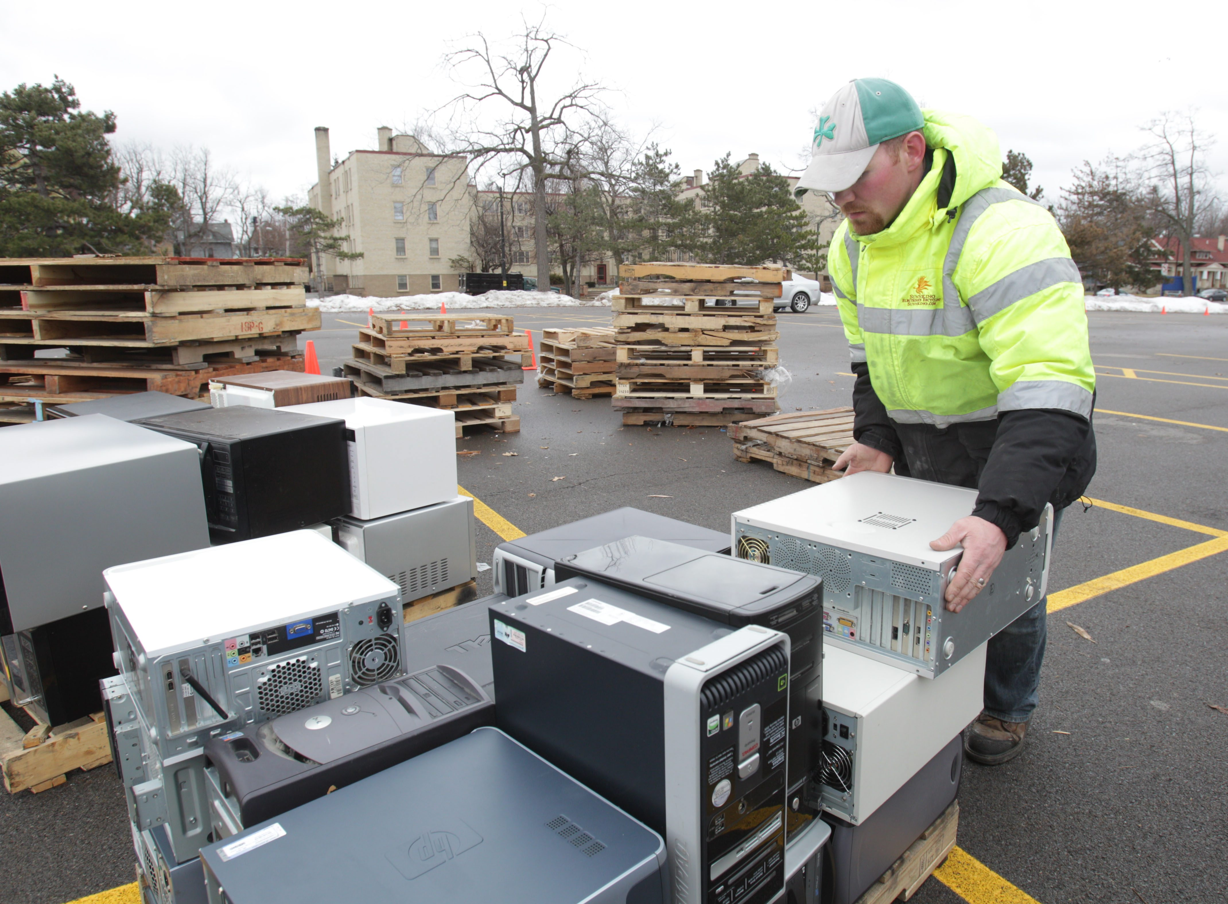 An electronics recycling event is scheduled Feb. 3. (Sharon Cantillon/News file photo)