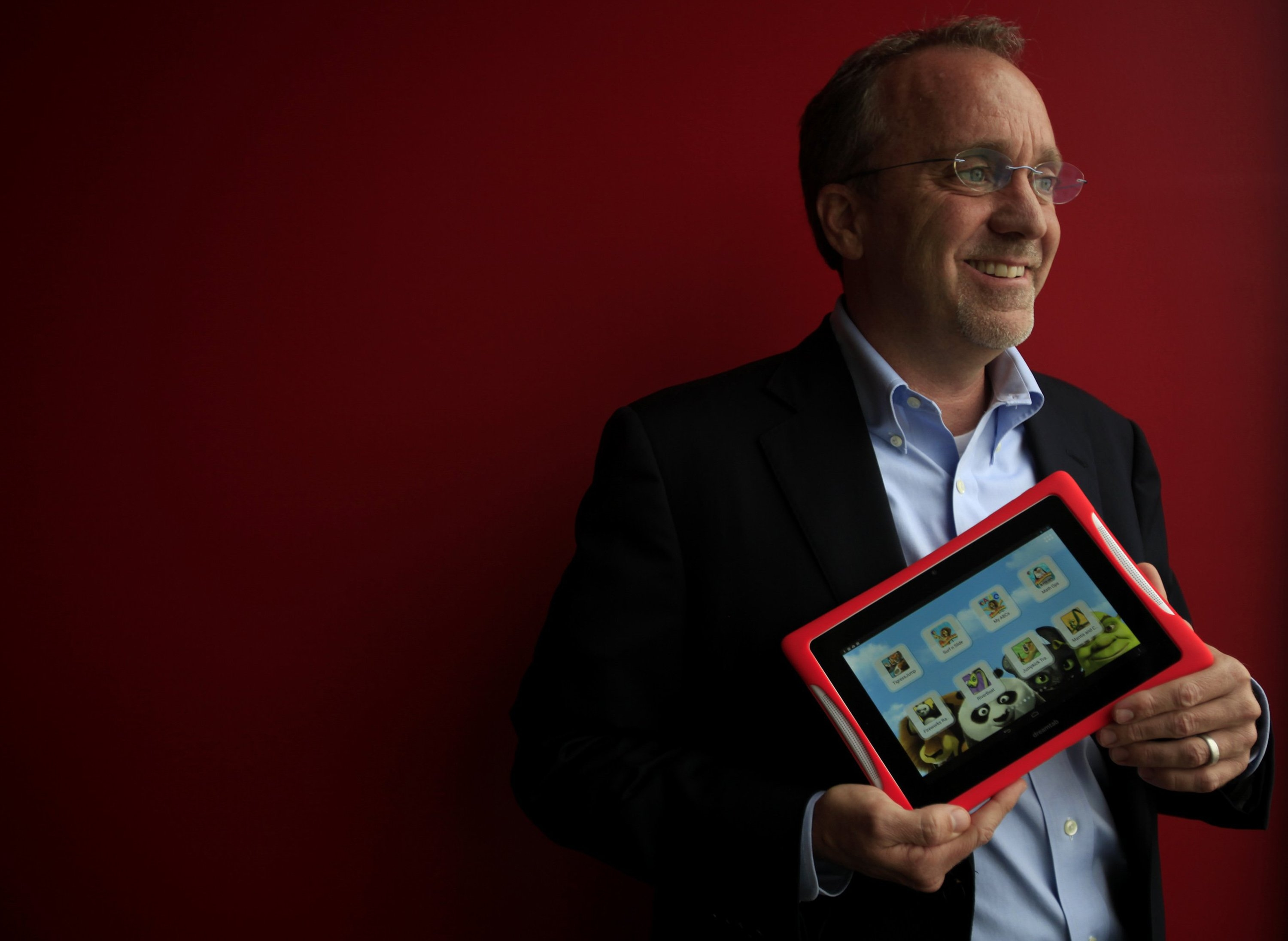 Giant tablets aimed at restoring family activities – The