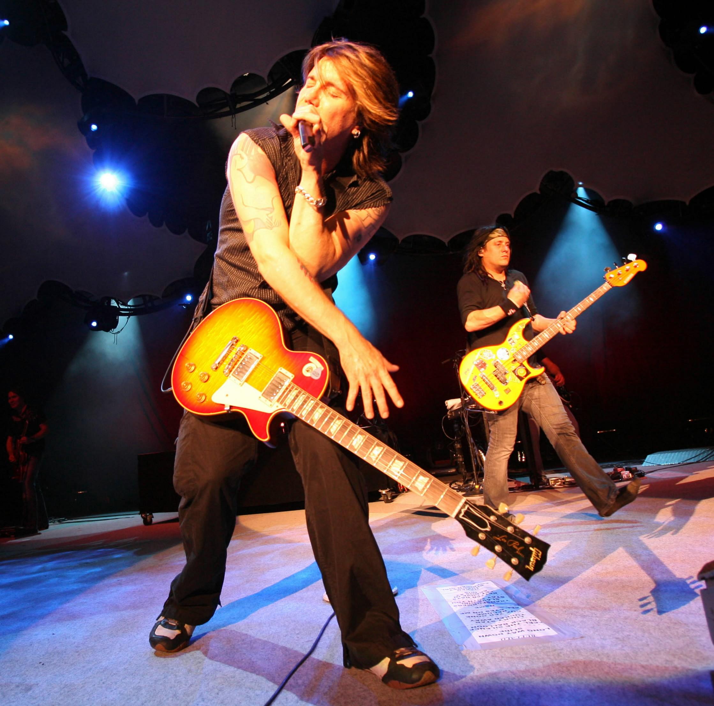 Goo Goo Dolls to perform at Darien Lake