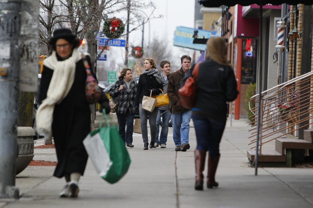 Biz Links: Shopping strong here